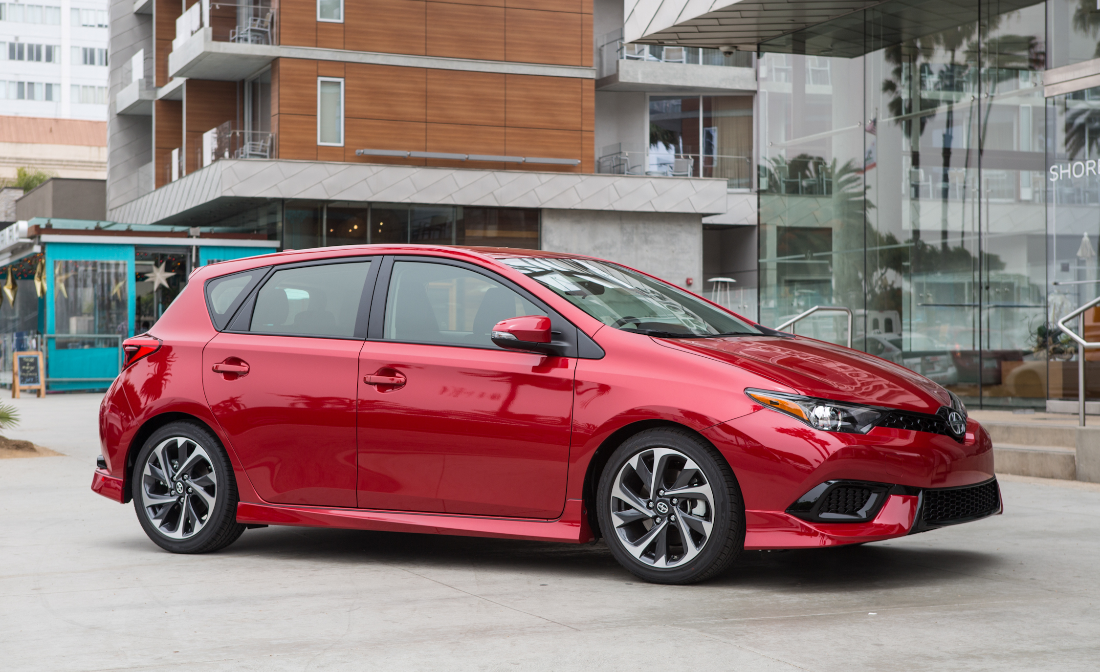 2016 Scion IM (Photo 5 of 20)