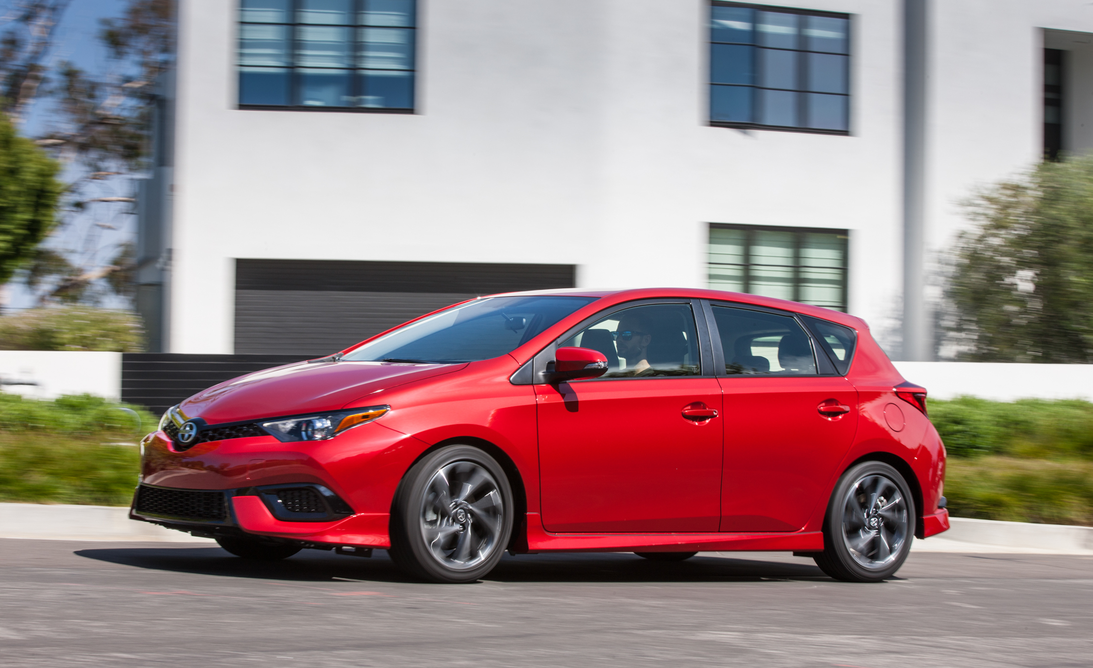 2016 Scion IM (Photo 6 of 20)