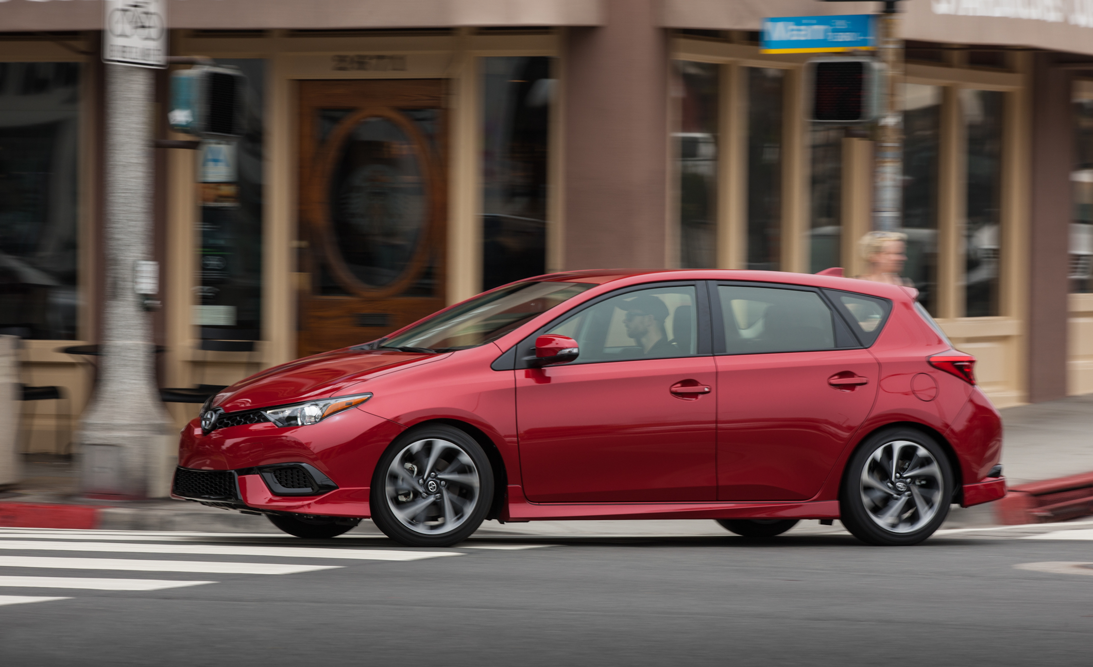 2016 Scion IM (Photo 11 of 20)