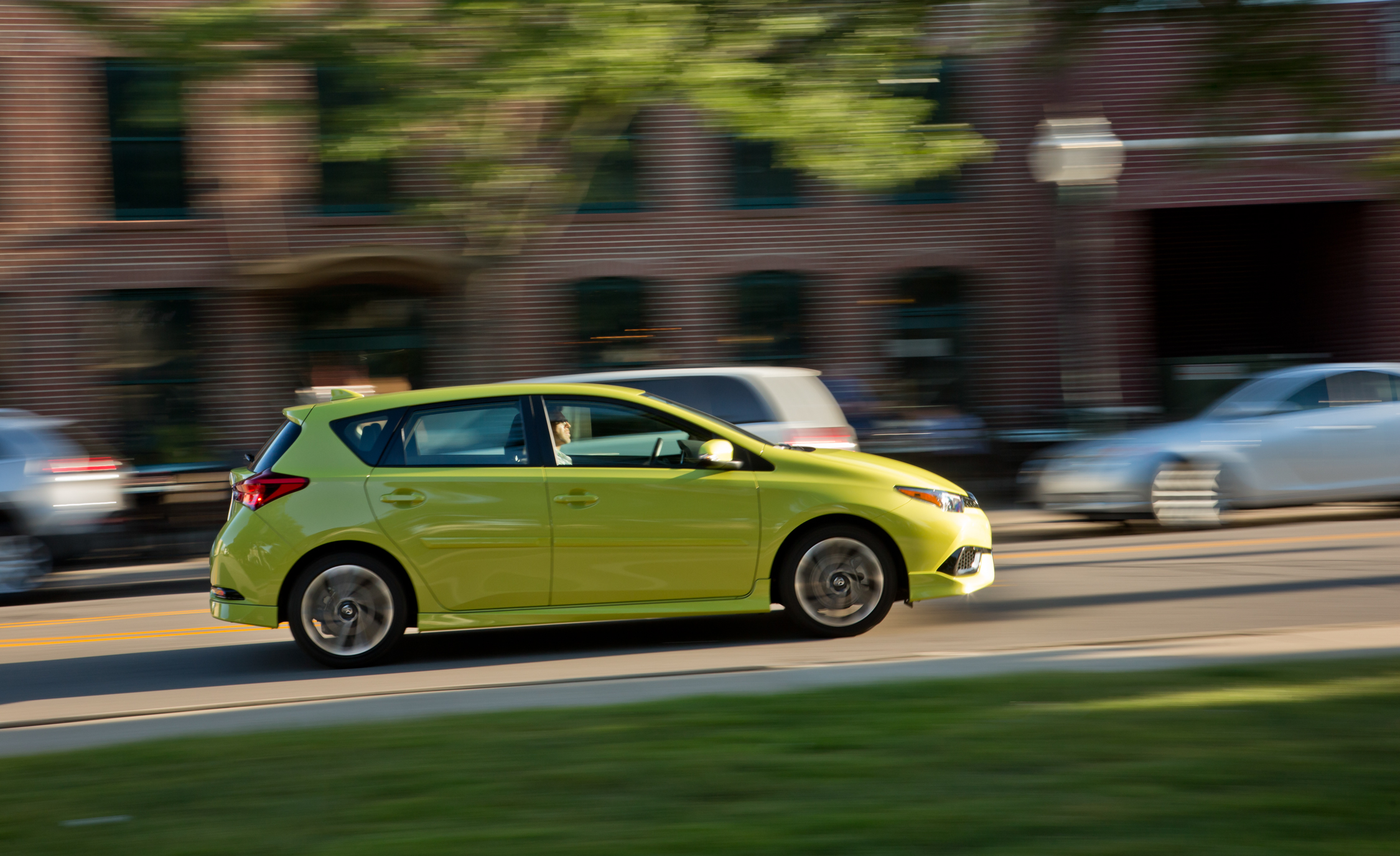 2016 Scion IM (Photo 13 of 20)