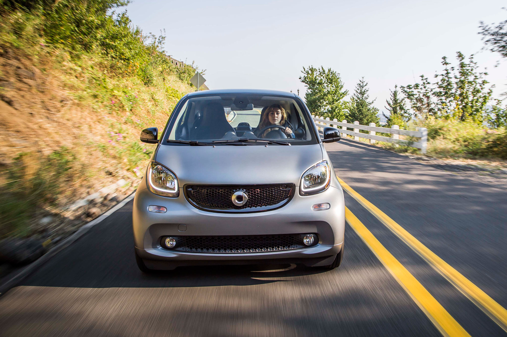 2016 Smart Fortwo Front End Design (Photo 3 of 17)