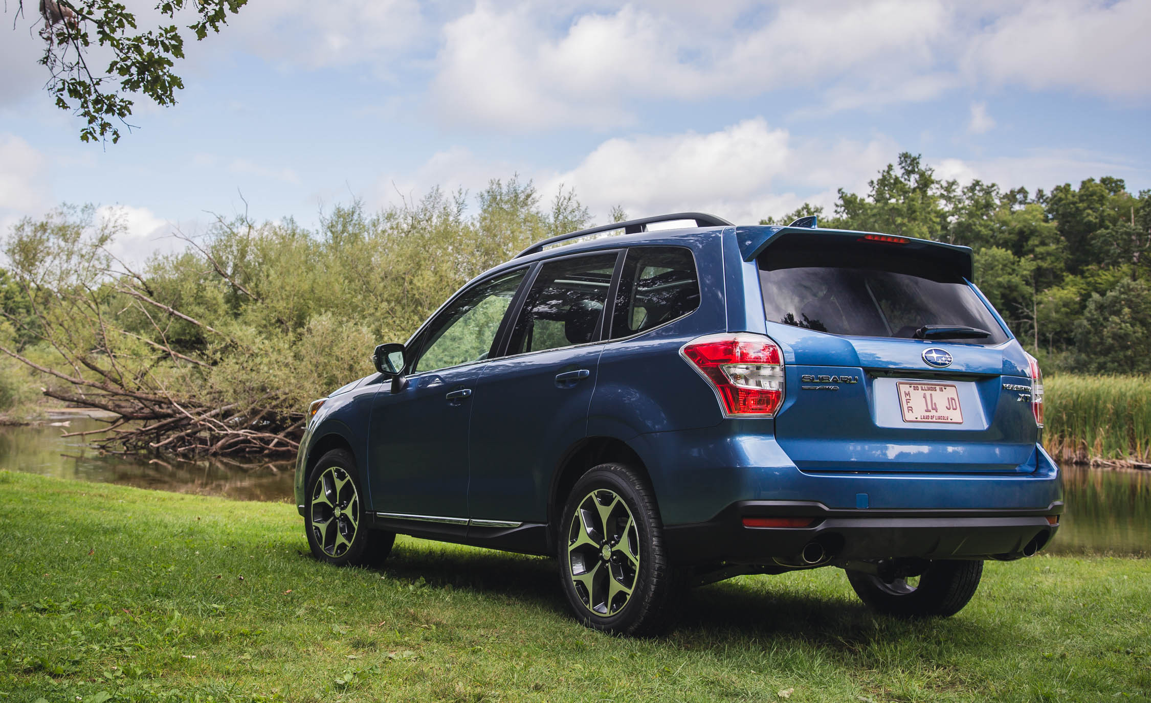 2016 Subaru Forester 2 0xt Touring Exterior Full Rear And Side (View 26 of 29)