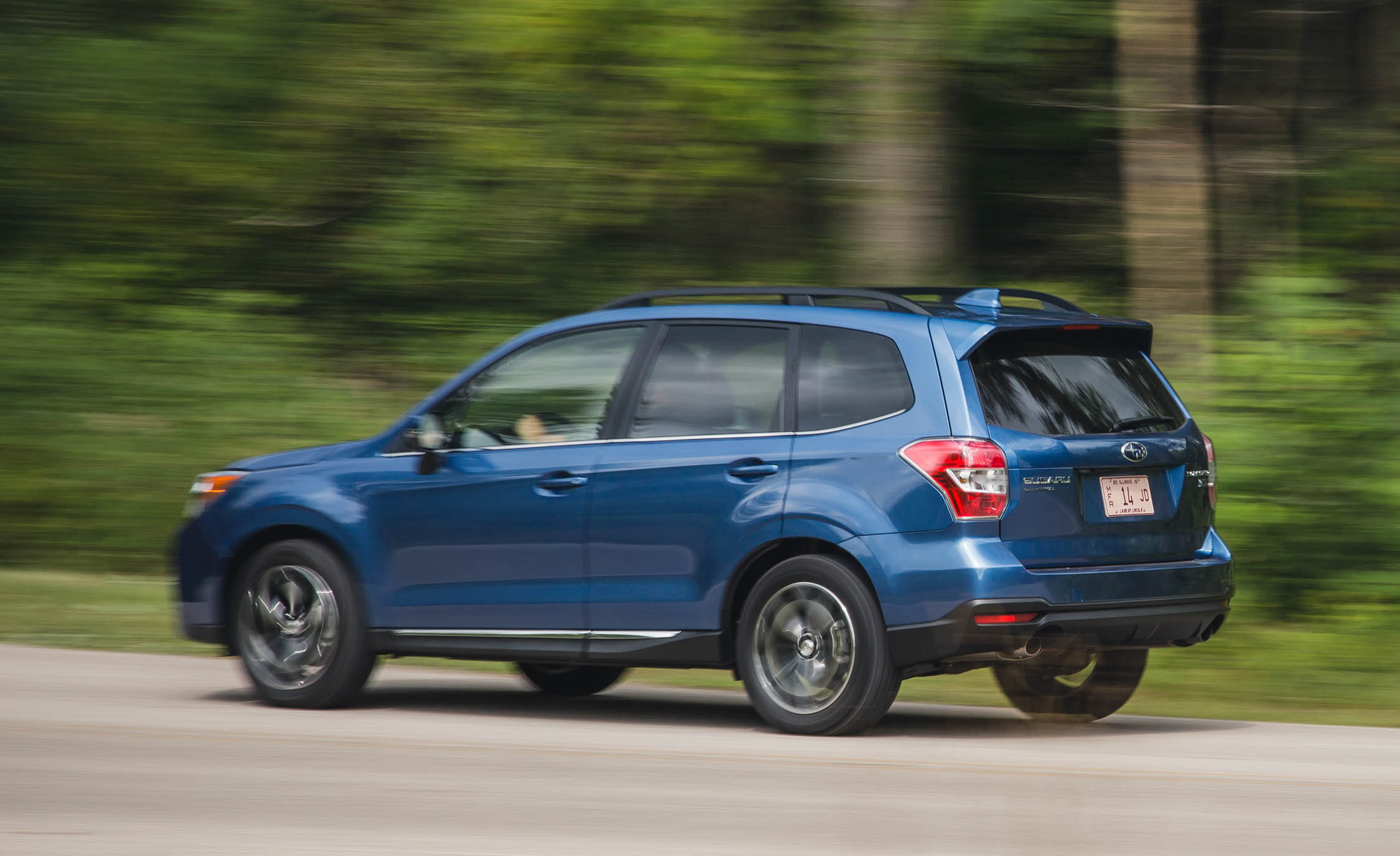 2016 Subaru Forester 2 0xt Touring Test Rear And Side View (Photo 28 of 29)