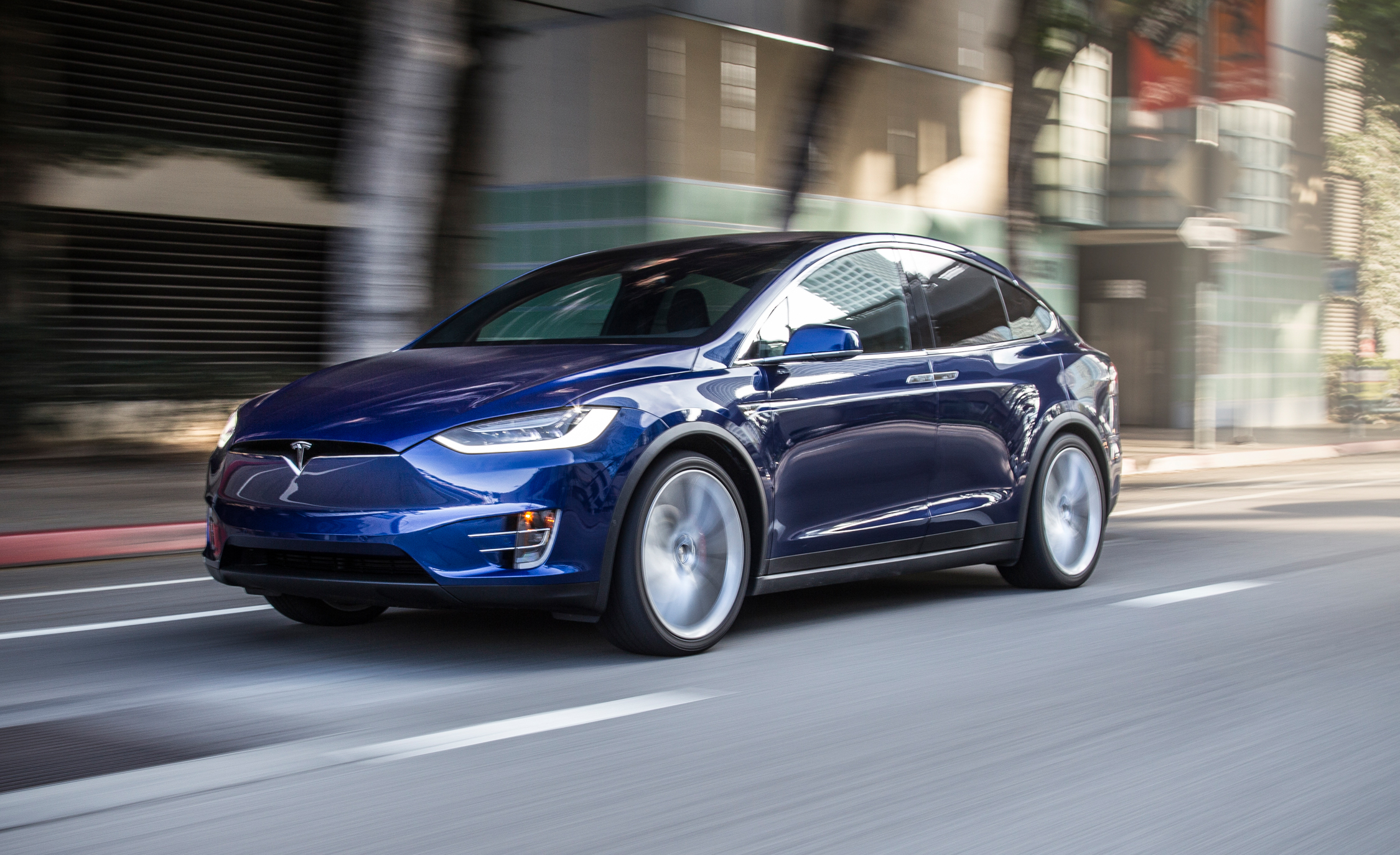 Featured Image of 2016 Tesla Model X