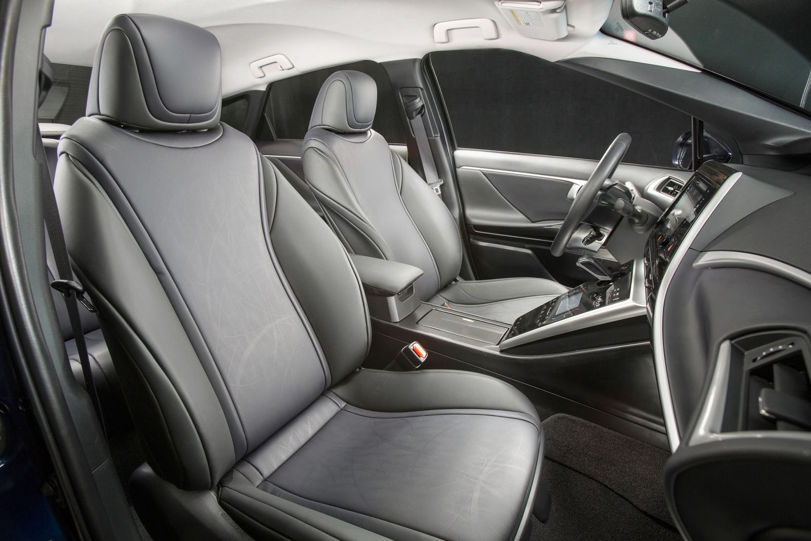 2016 Toyota Mirai Front Interior Seats (View 13 of 18)