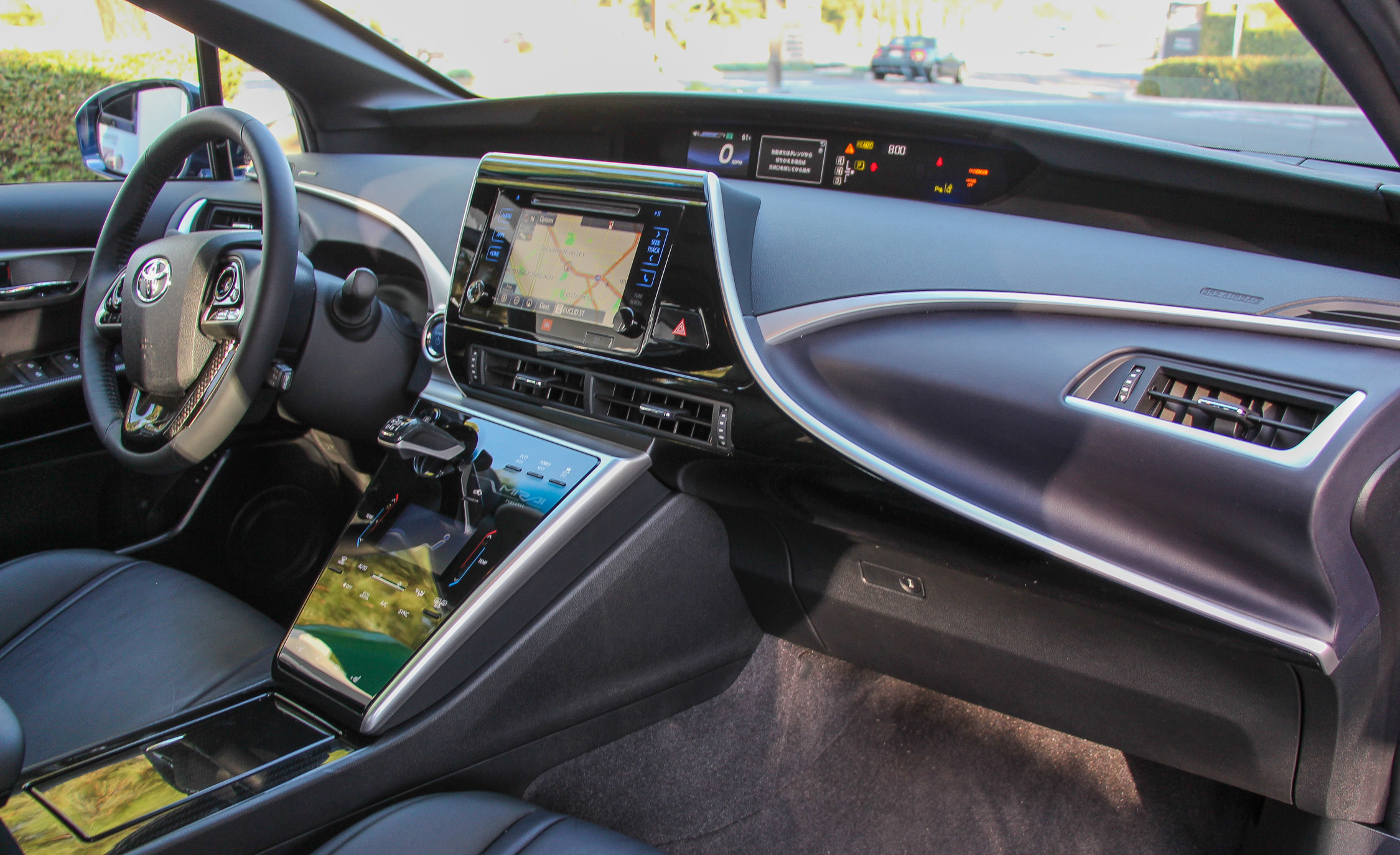 2016 Toyota Mirai Interior Dashboard (View 17 of 18)