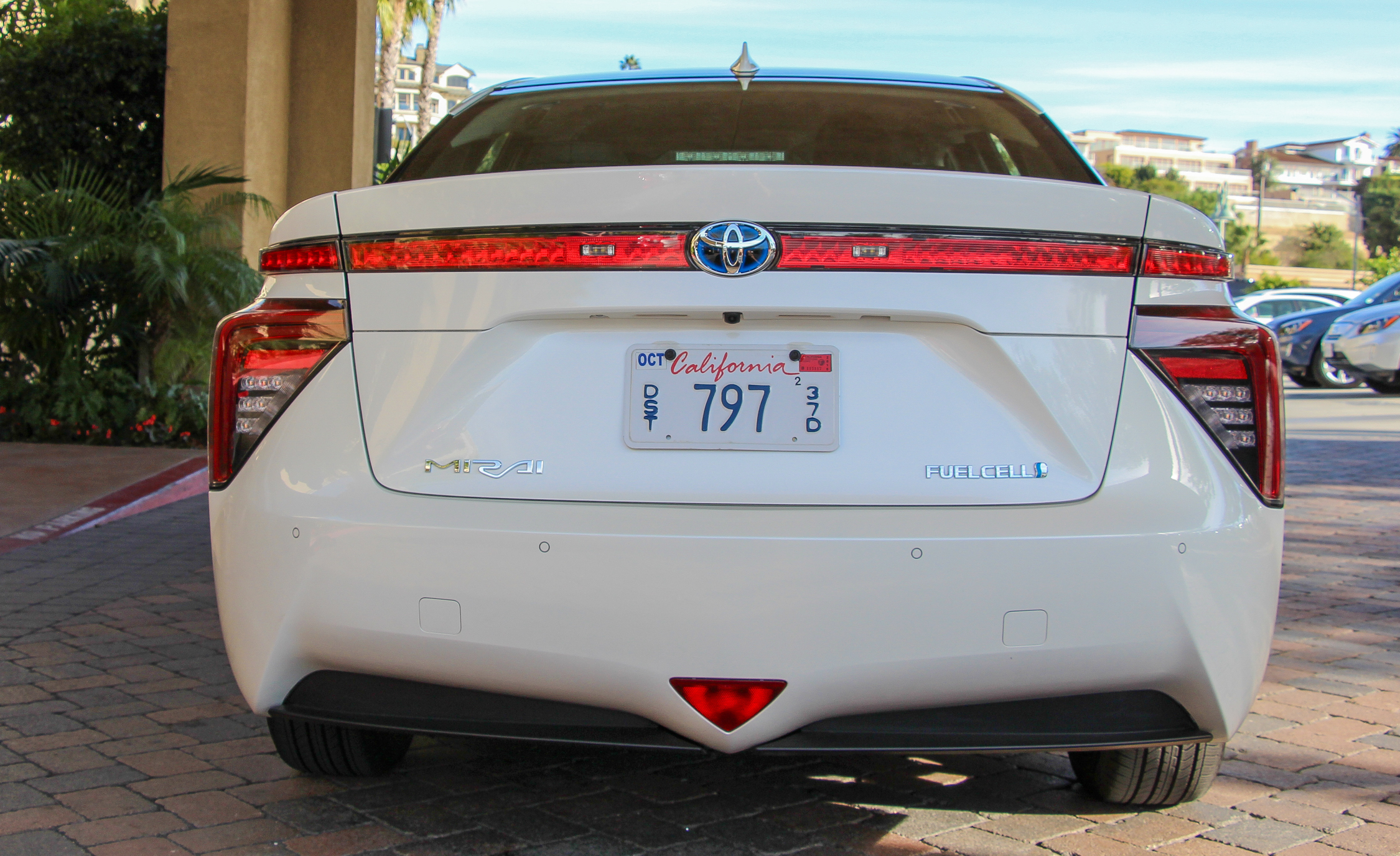 2016 Toyota Mirai White Exterior Rear (View 5 of 18)