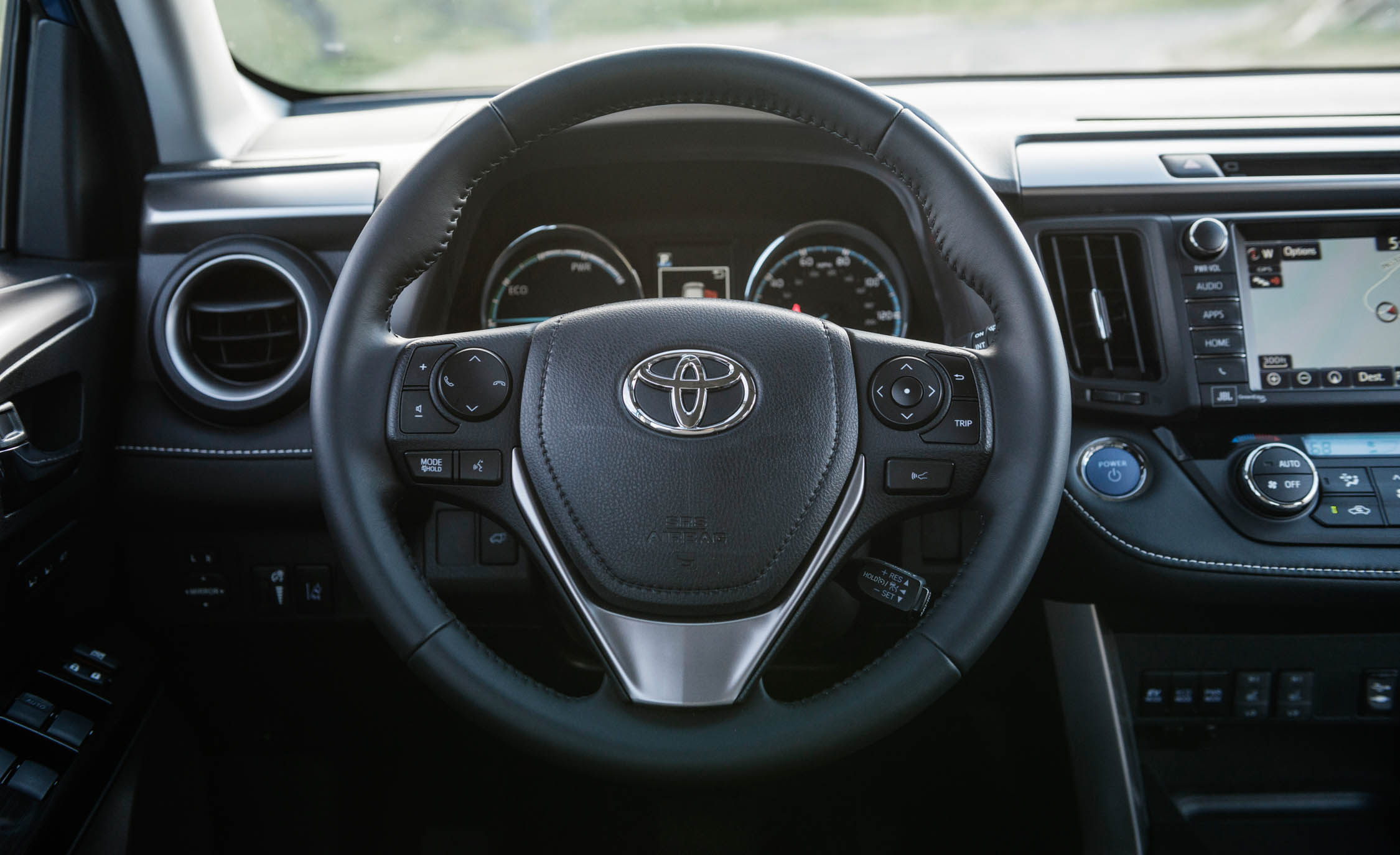 2016 Toyota Rav4 Hybrid Interior Steering (Photo 22 of 26)