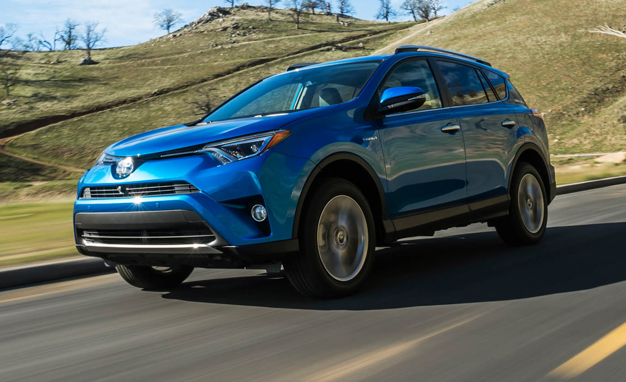 Featured Image of 2016 Toyota RAV4 Hybrid