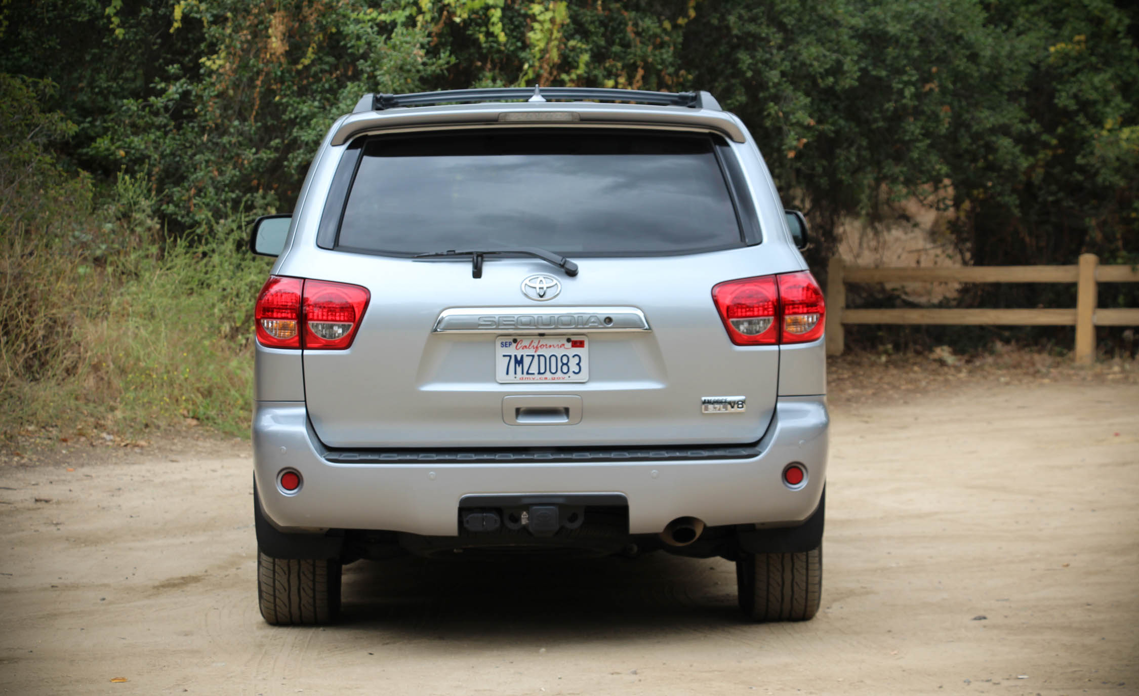 2016 Toyota Sequoia (Photo 3 of 15)