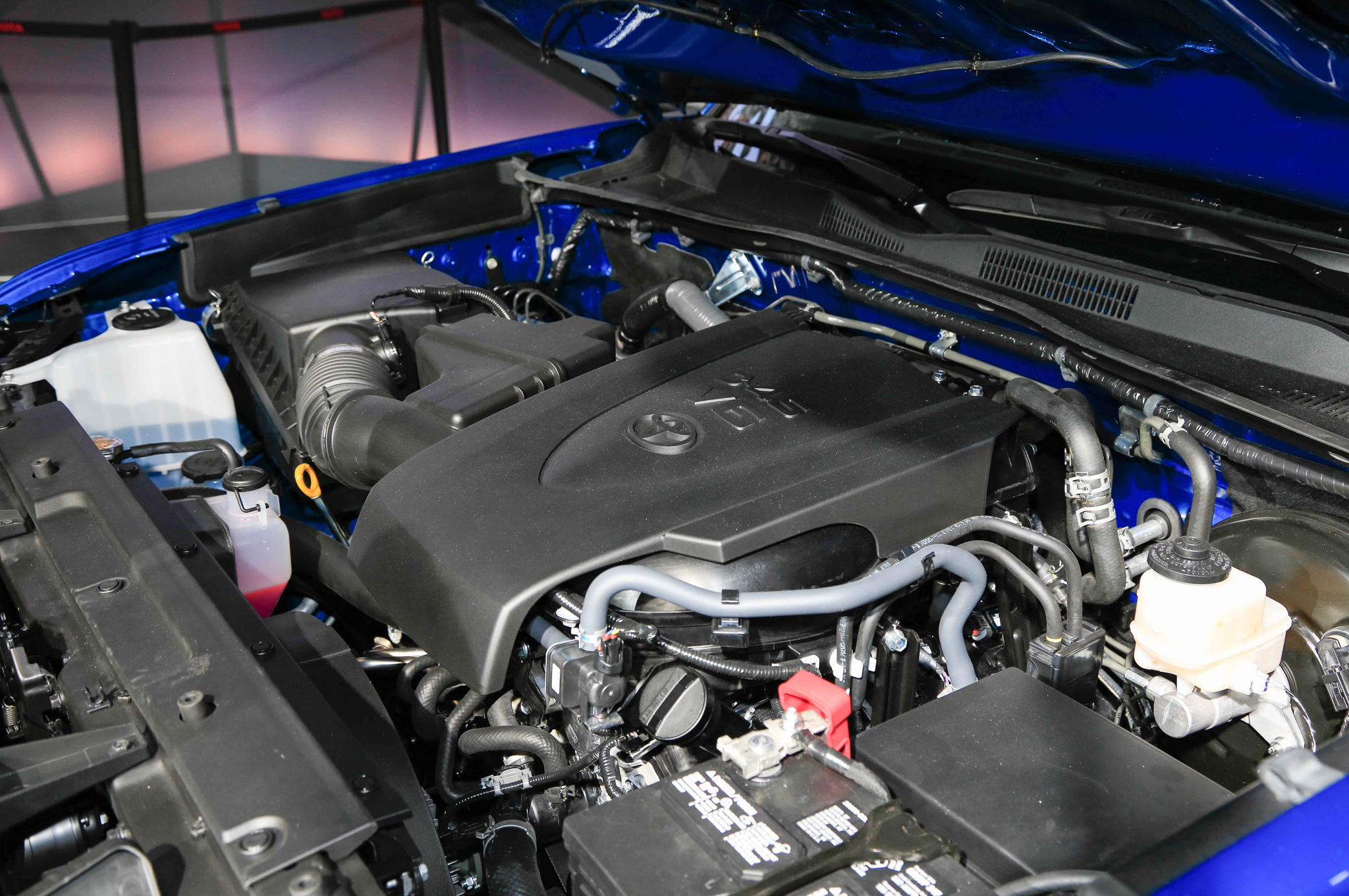 2016 Toyota Tacoma Engine Preview (Photo 1 of 10)
