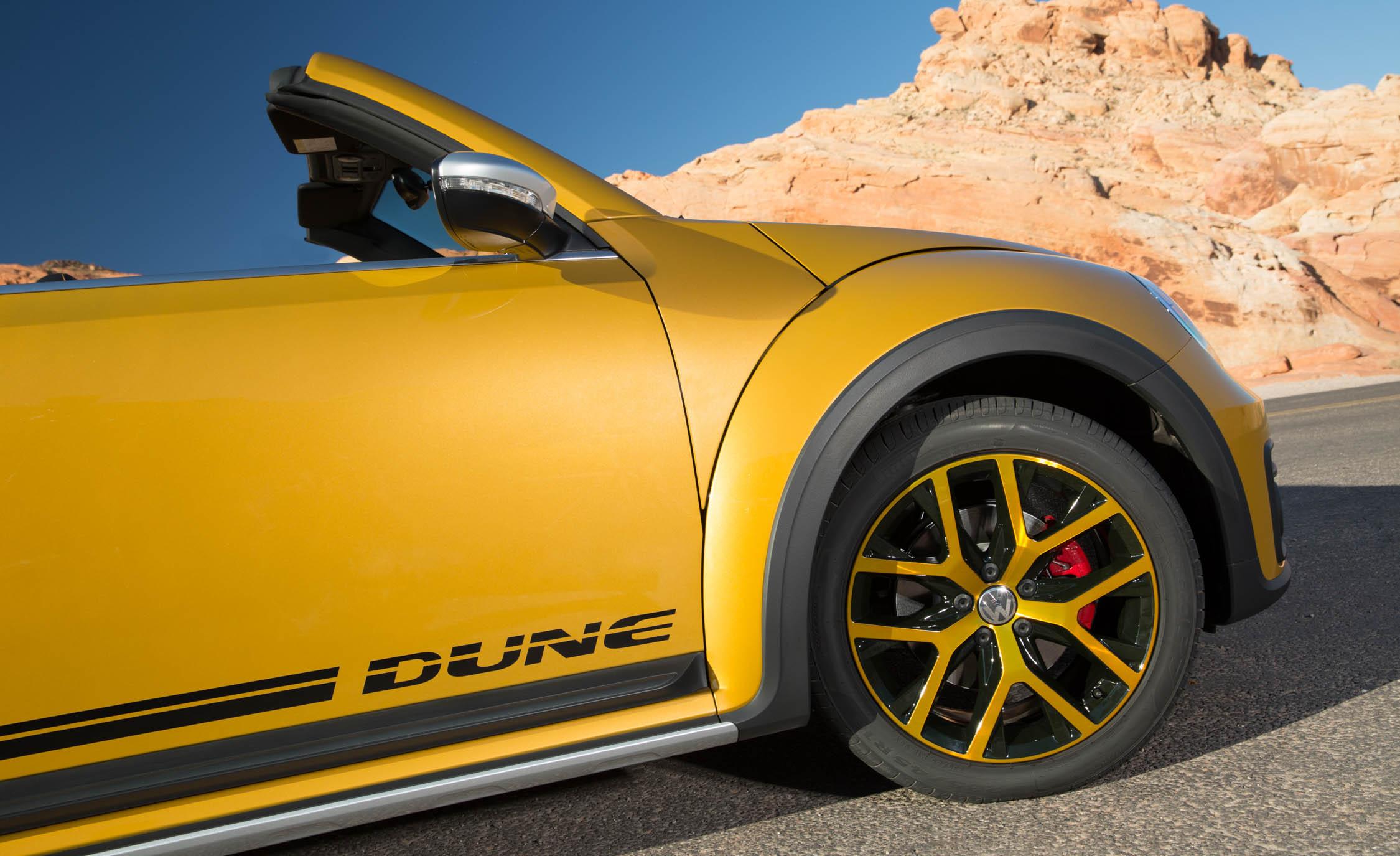 2016 Volkswagen Beetle Dune Convertible Exterior Wheel (View 19 of 32)