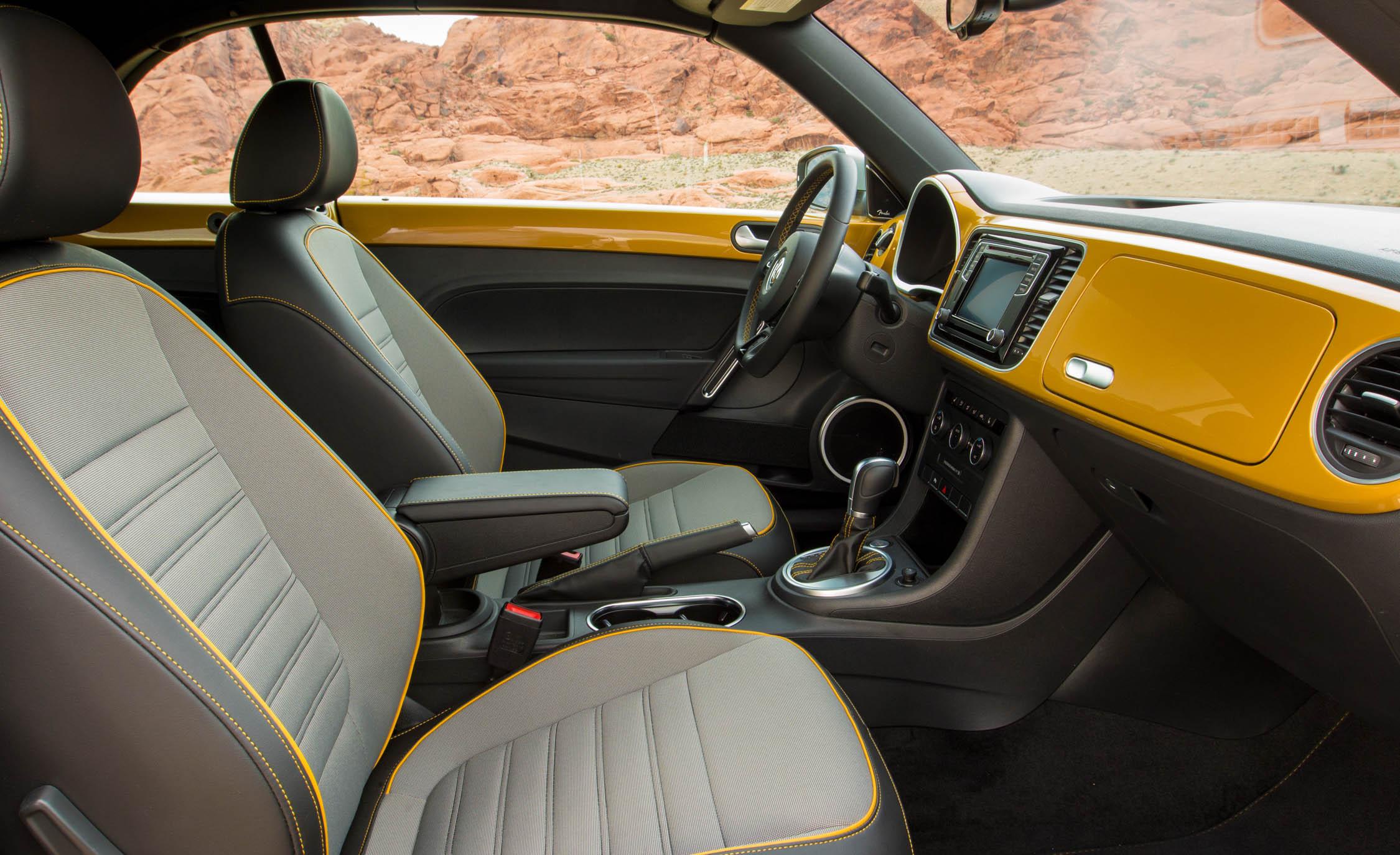 2016 Volkswagen Beetle Dune Interior Front Seats (View 7 of 32)