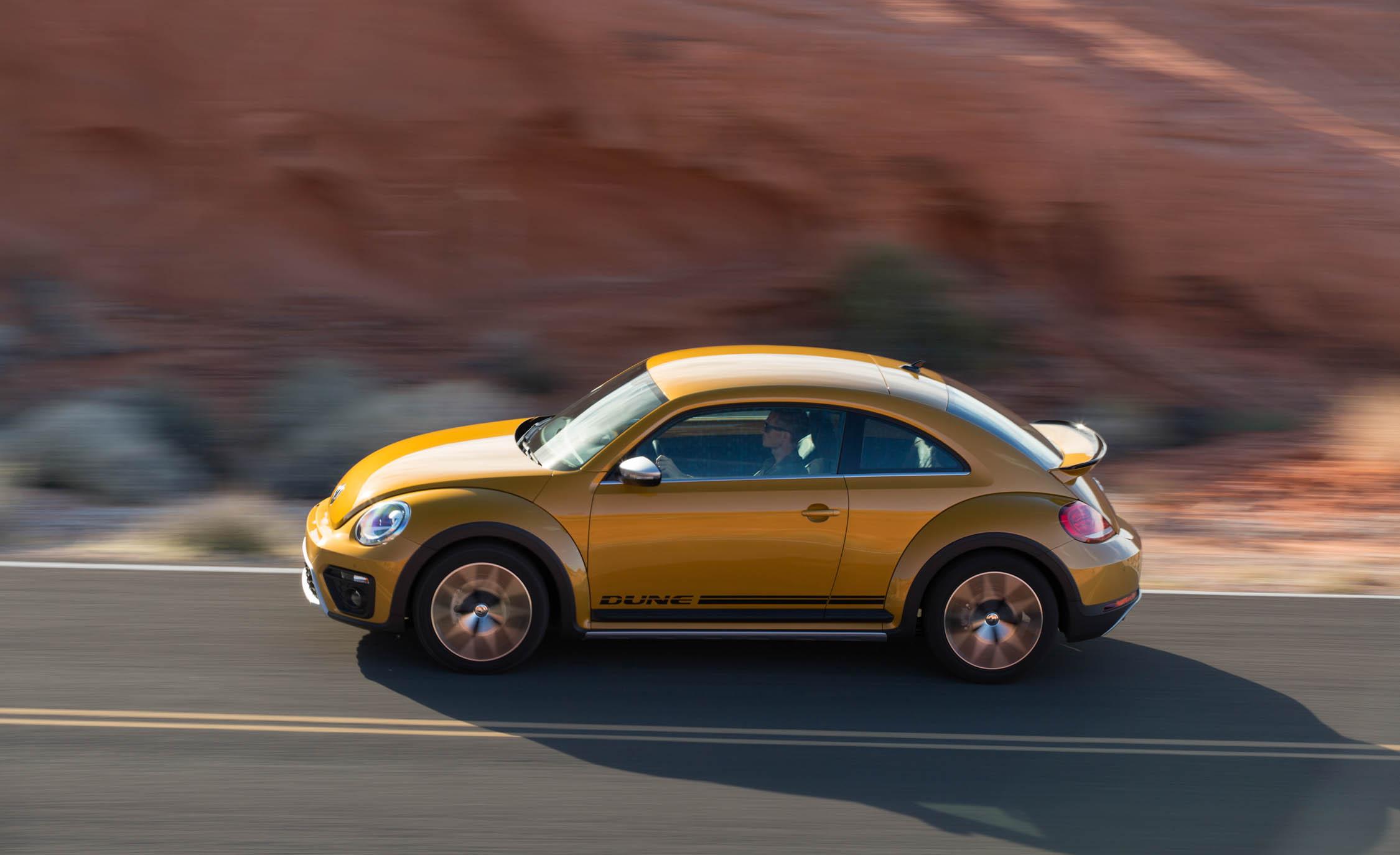 2016 Volkswagen Beetle Dune Test Side View (View 13 of 32)