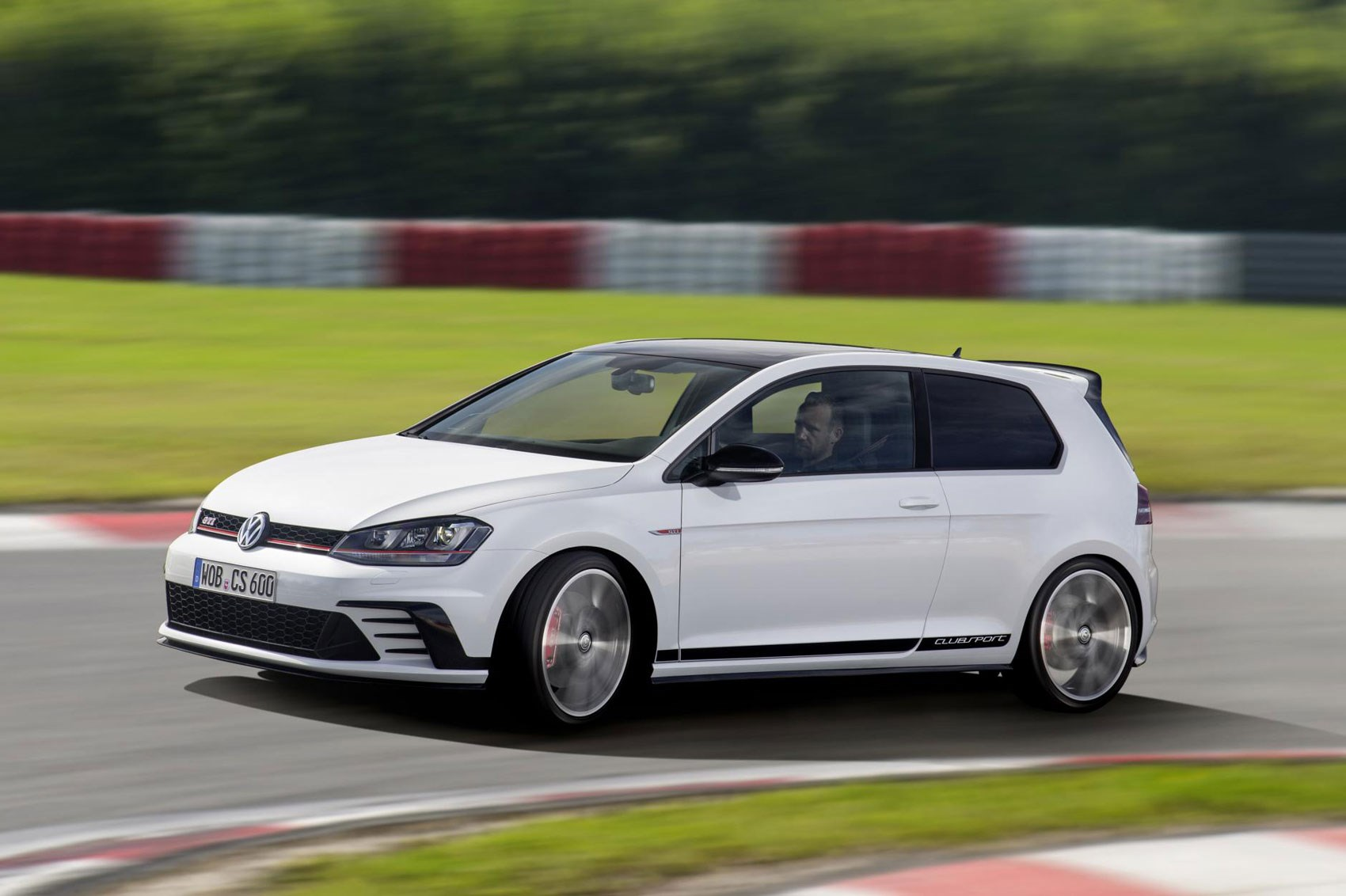 Featured Image of 2016 Volkswagen Golf