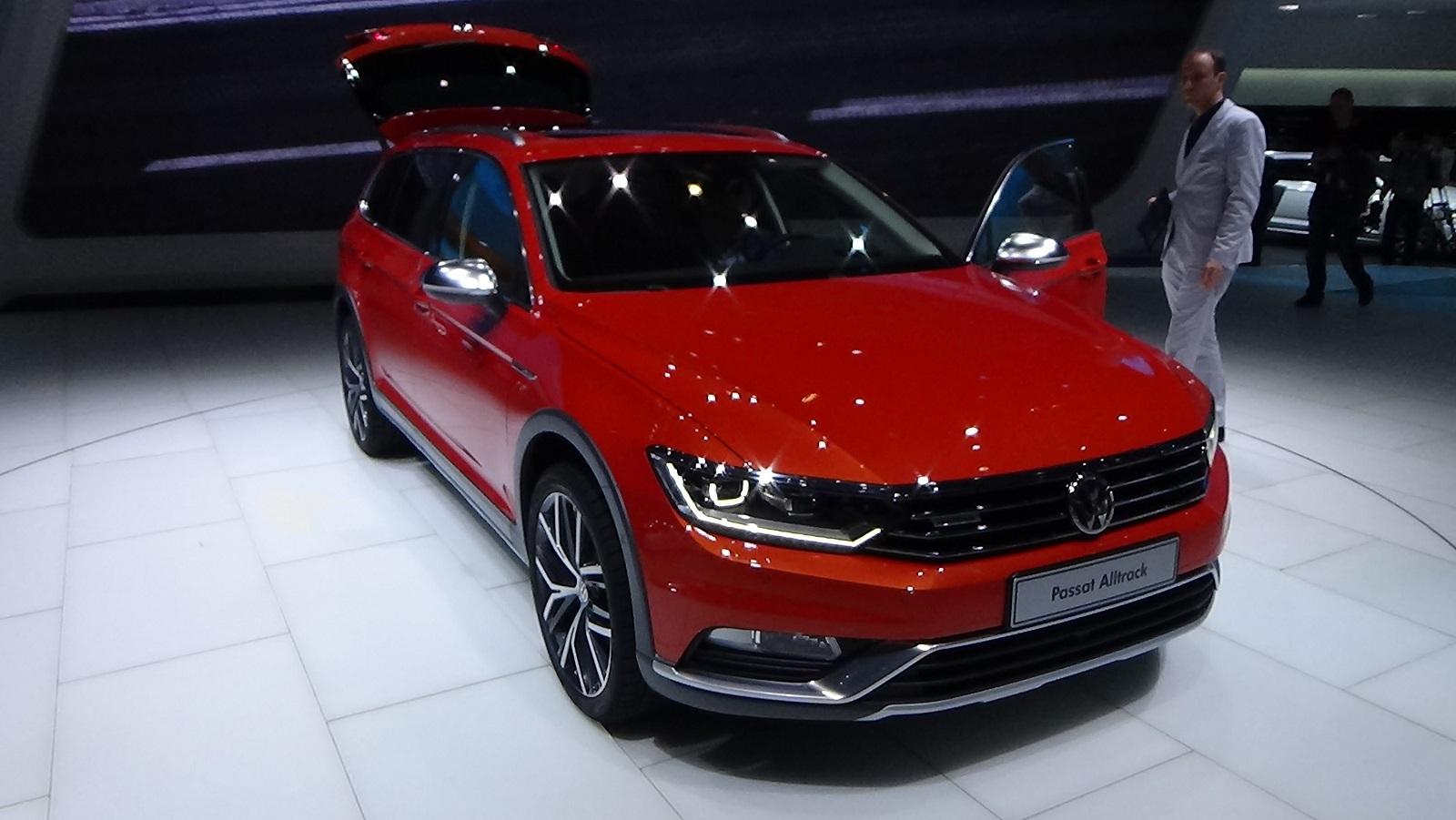 2016 Volkswagen Passat Alltrack Exterior Preview Auto Show (Photo 8 of 18)
