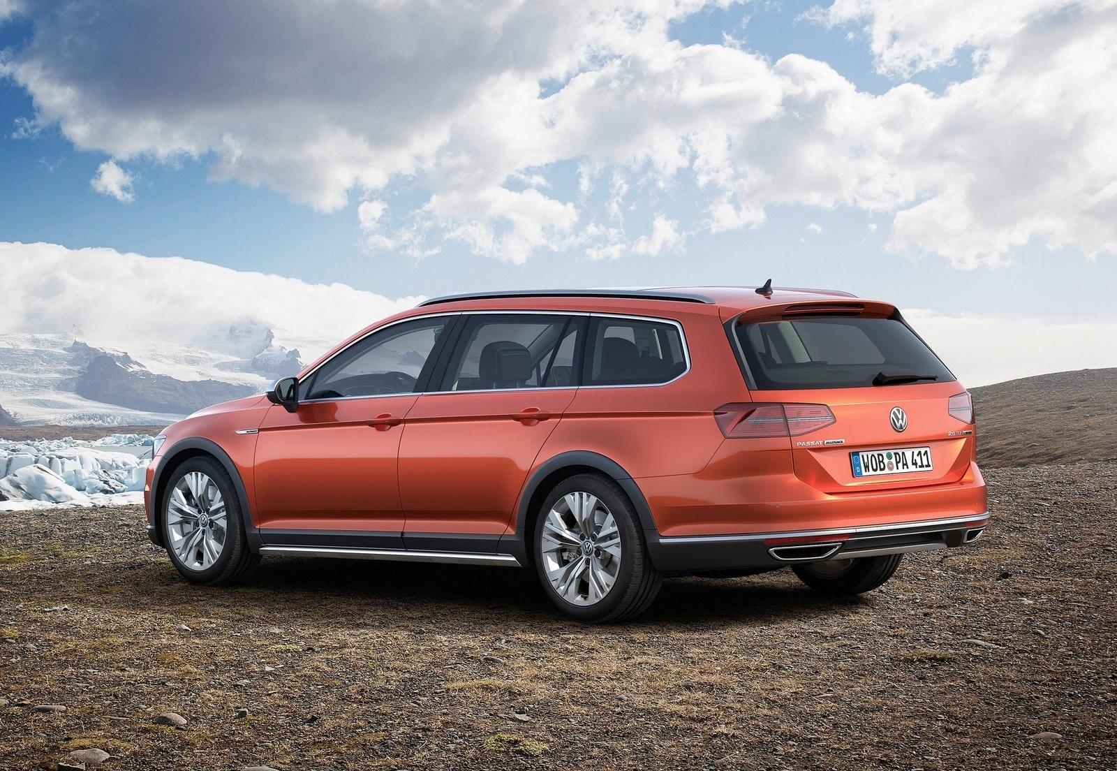 2016 Volkswagen Passat Alltrack Left Side Preview (Photo 10 of 18)