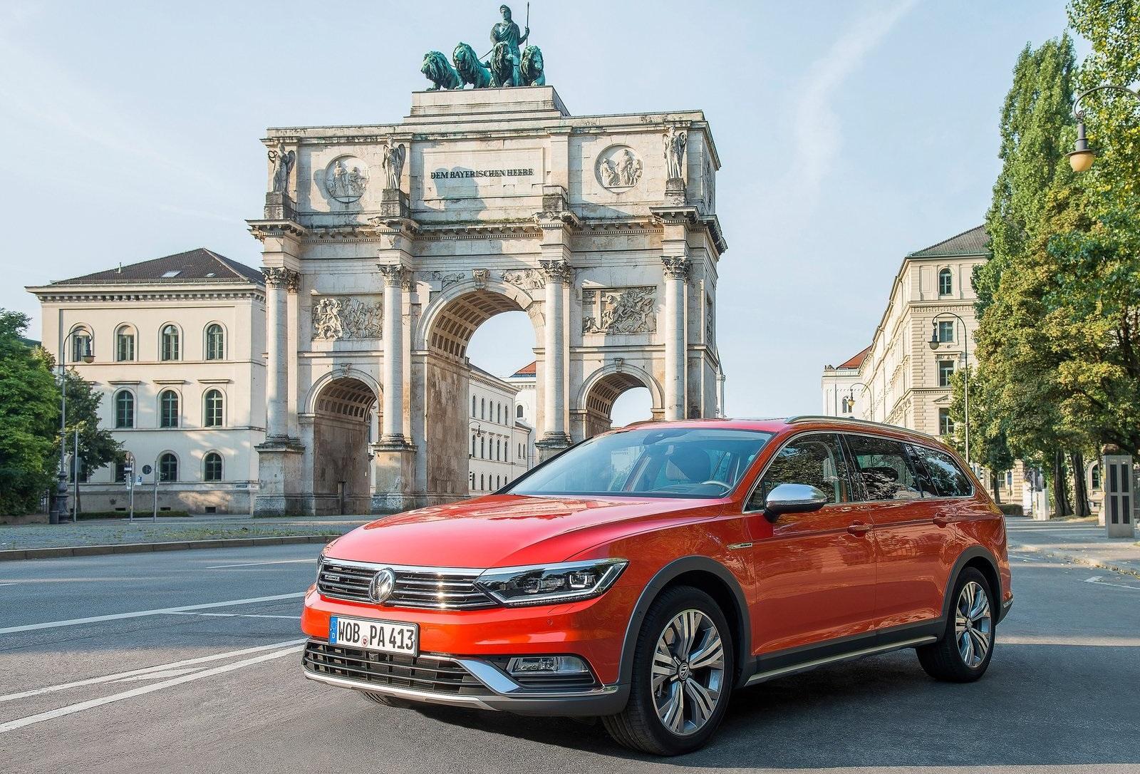 2016 Volkswagen Passat Alltrack (View 10 of 18)