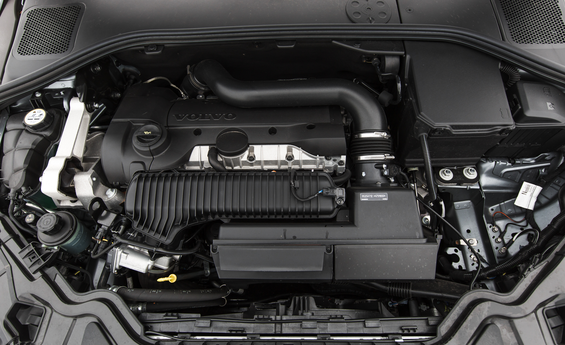 2016 Volvo S60 Cross Country Engine (Photo 2 of 21)