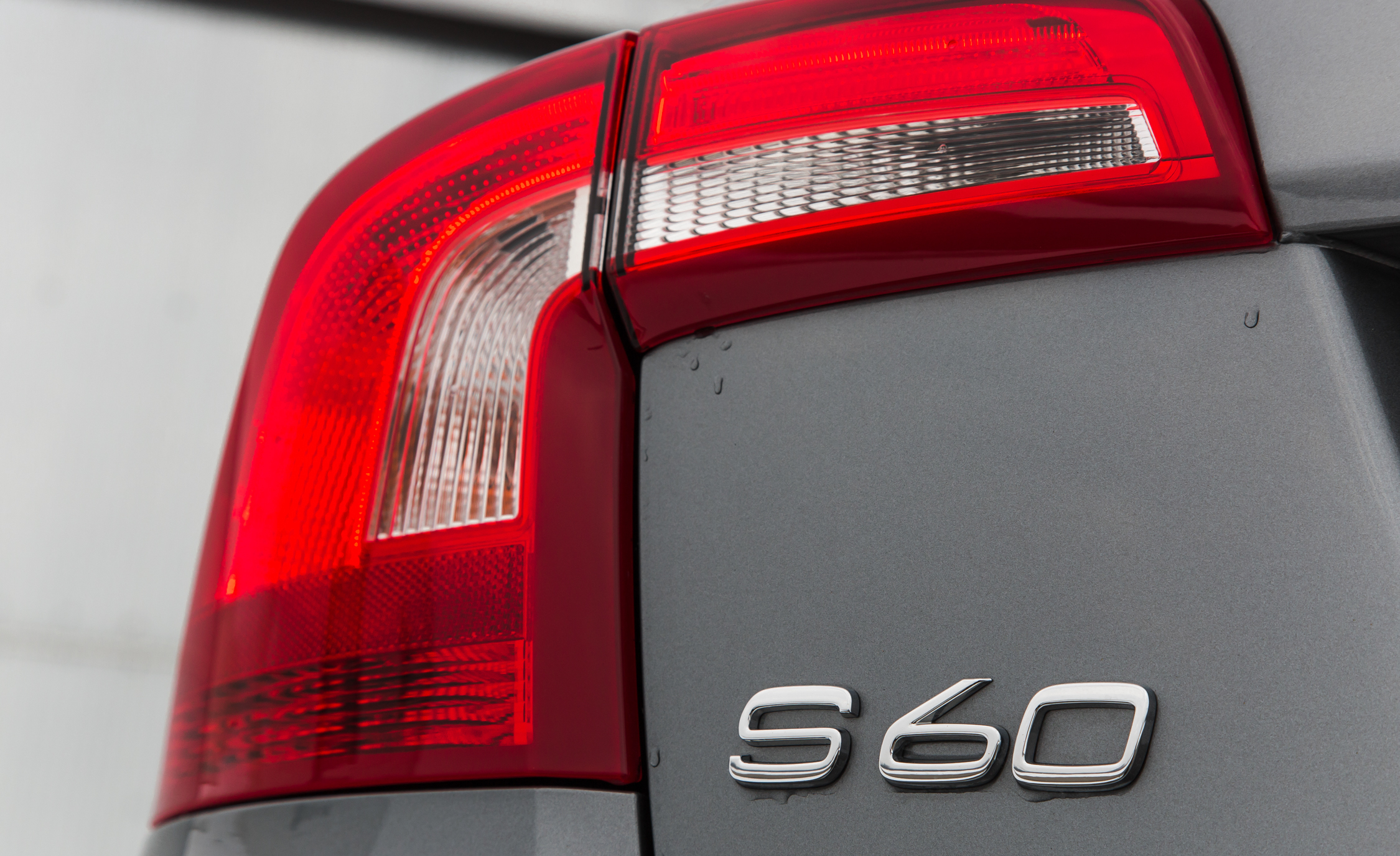 2016 Volvo S60 Cross Country Exterior Taillight (Photo 9 of 21)
