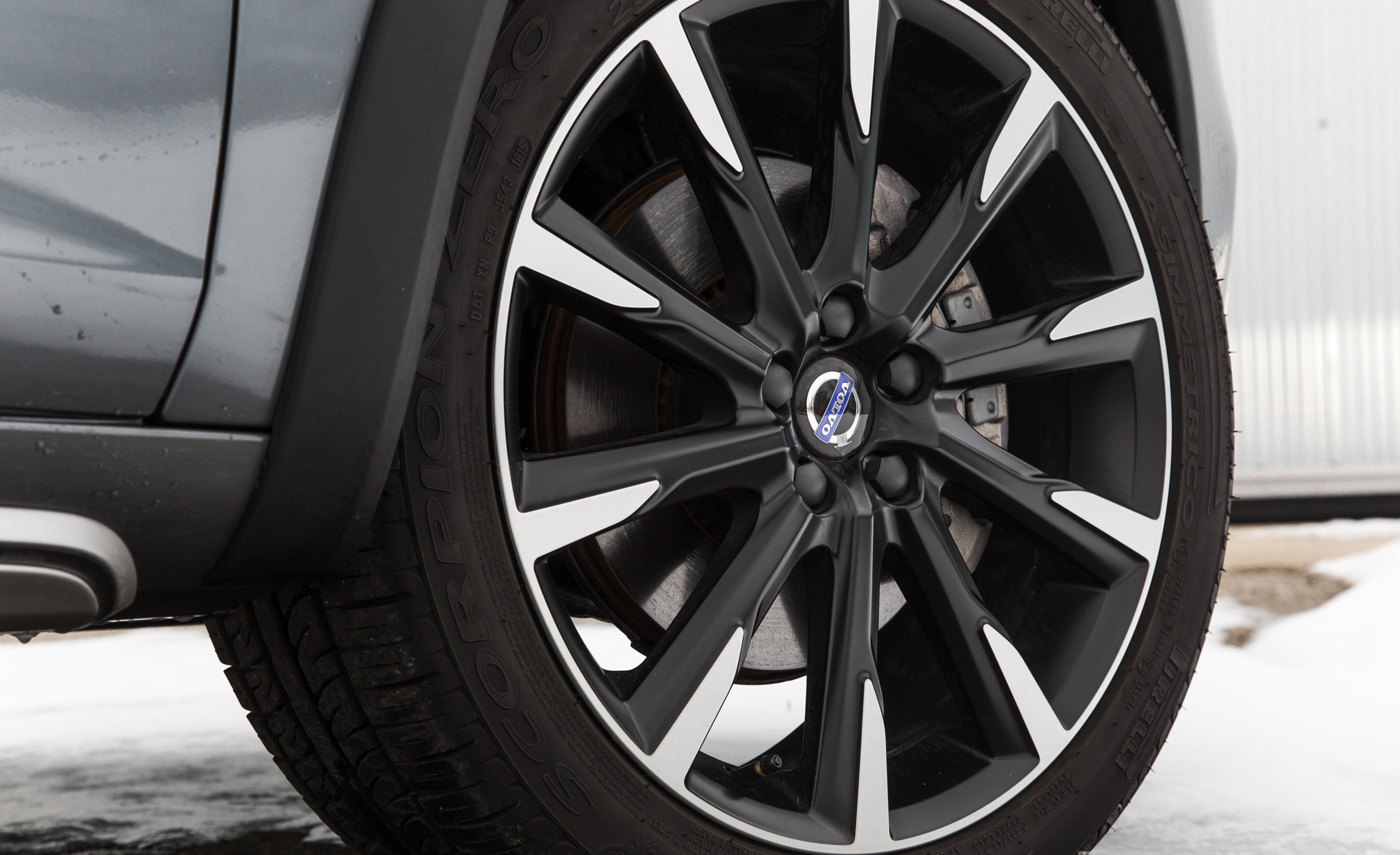 2016 Volvo S60 Cross Country Exterior Wheel (Photo 10 of 21)