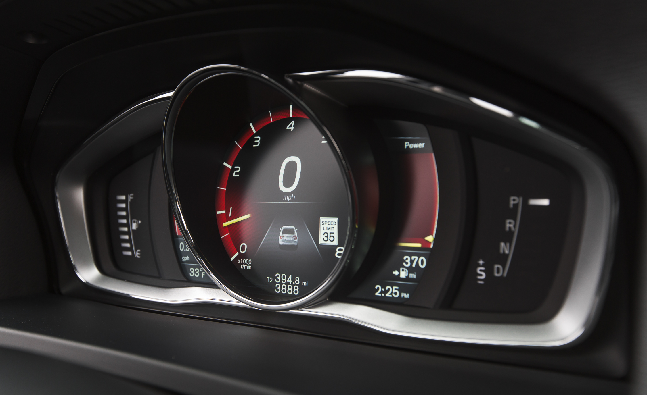 2016 Volvo S60 Cross Country Interior Speedometer (Photo 20 of 21)