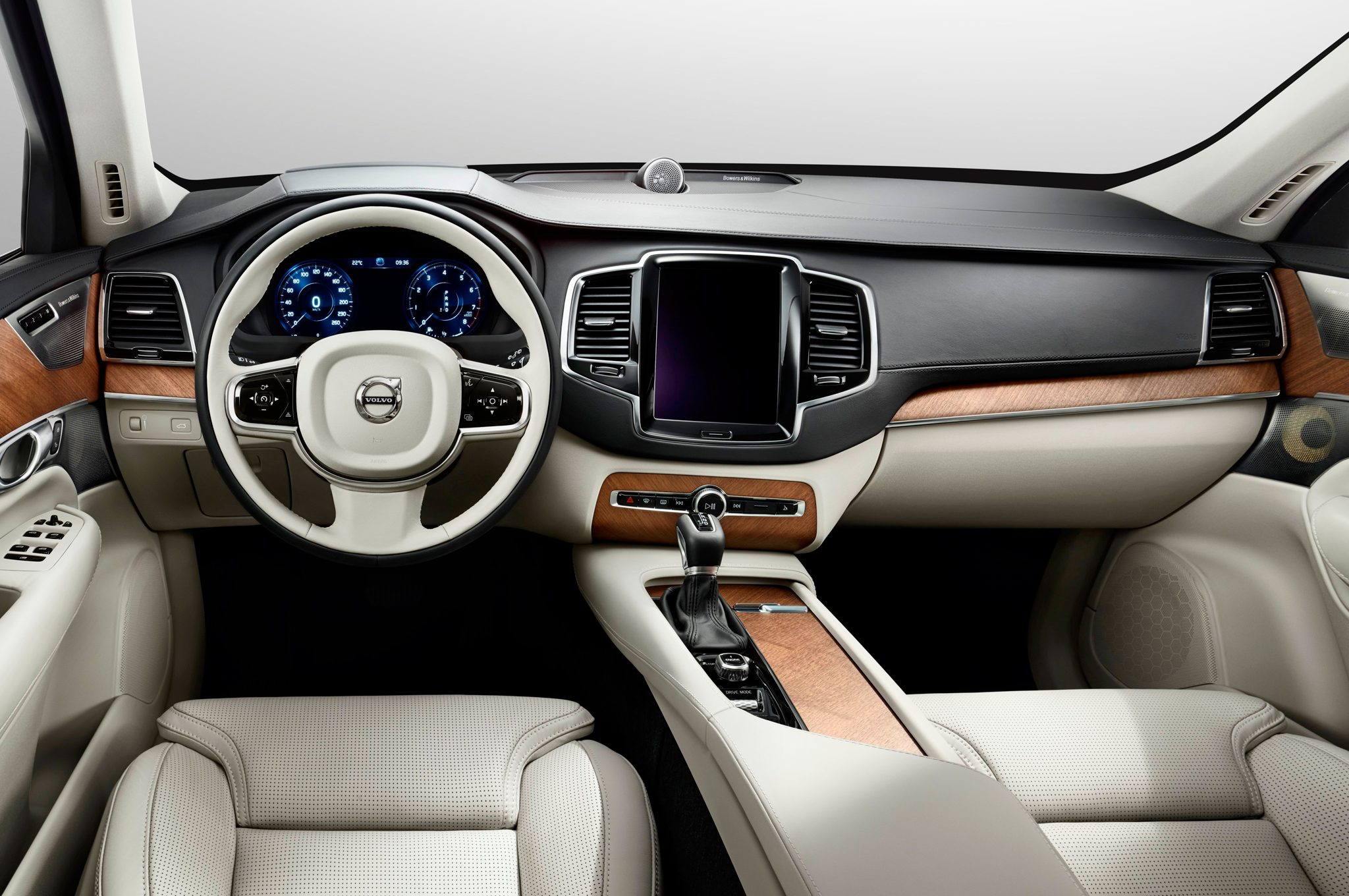 2016 Volvo Xc90 T8 Interior Preview (Photo 12 of 18)