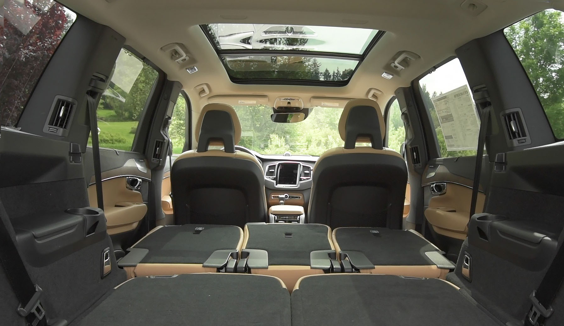 2016 Volvo Xc90 T8 Rear Interior (Photo 14 of 18)