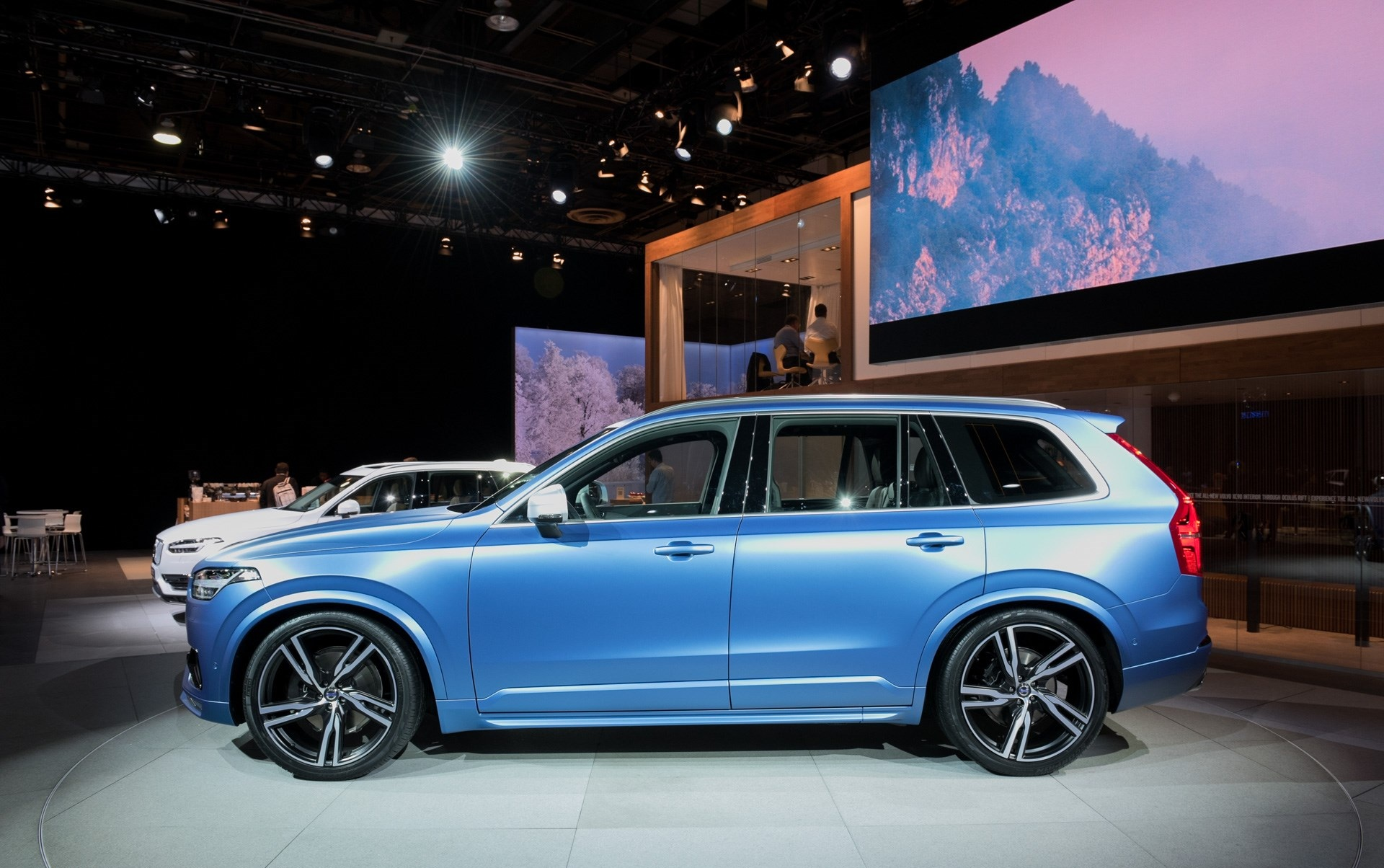 2016 Volvo Xc90 R Design Left Side Photo (Photo 3 of 18)