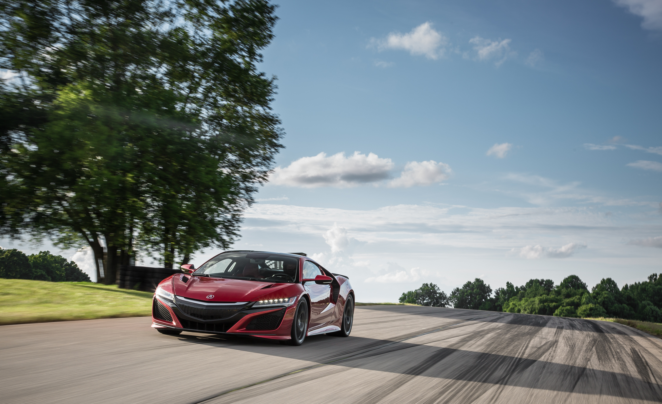 2017 Acura NSX (Photo 5 of 19)