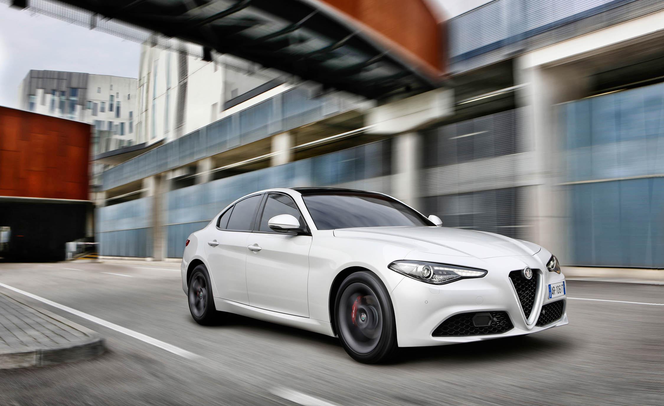 2017 Alfa Romeo Giulia (View 11 of 30)