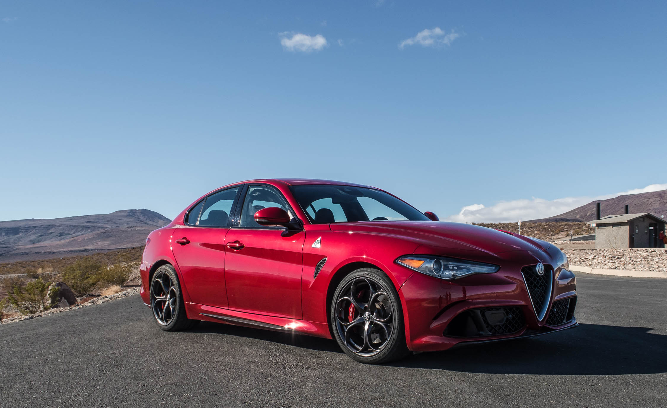 Featured Image of 2017 Alfa Romeo Giulia Quadrifoglio
