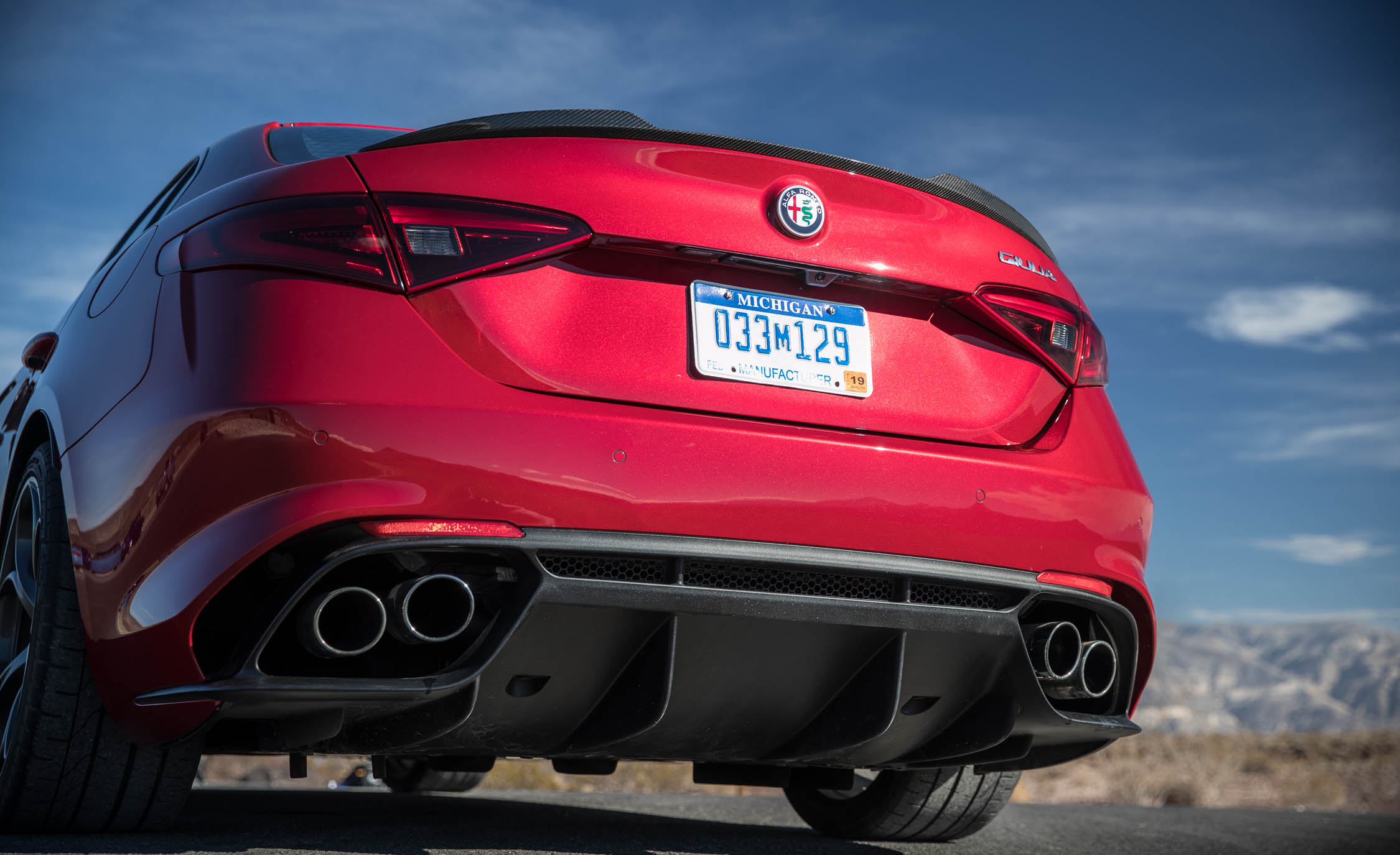 2017 Alfa Romeo Giulia Quadrifoglio Cars Exclusive Videos And Rear End Photo 7 Of 29