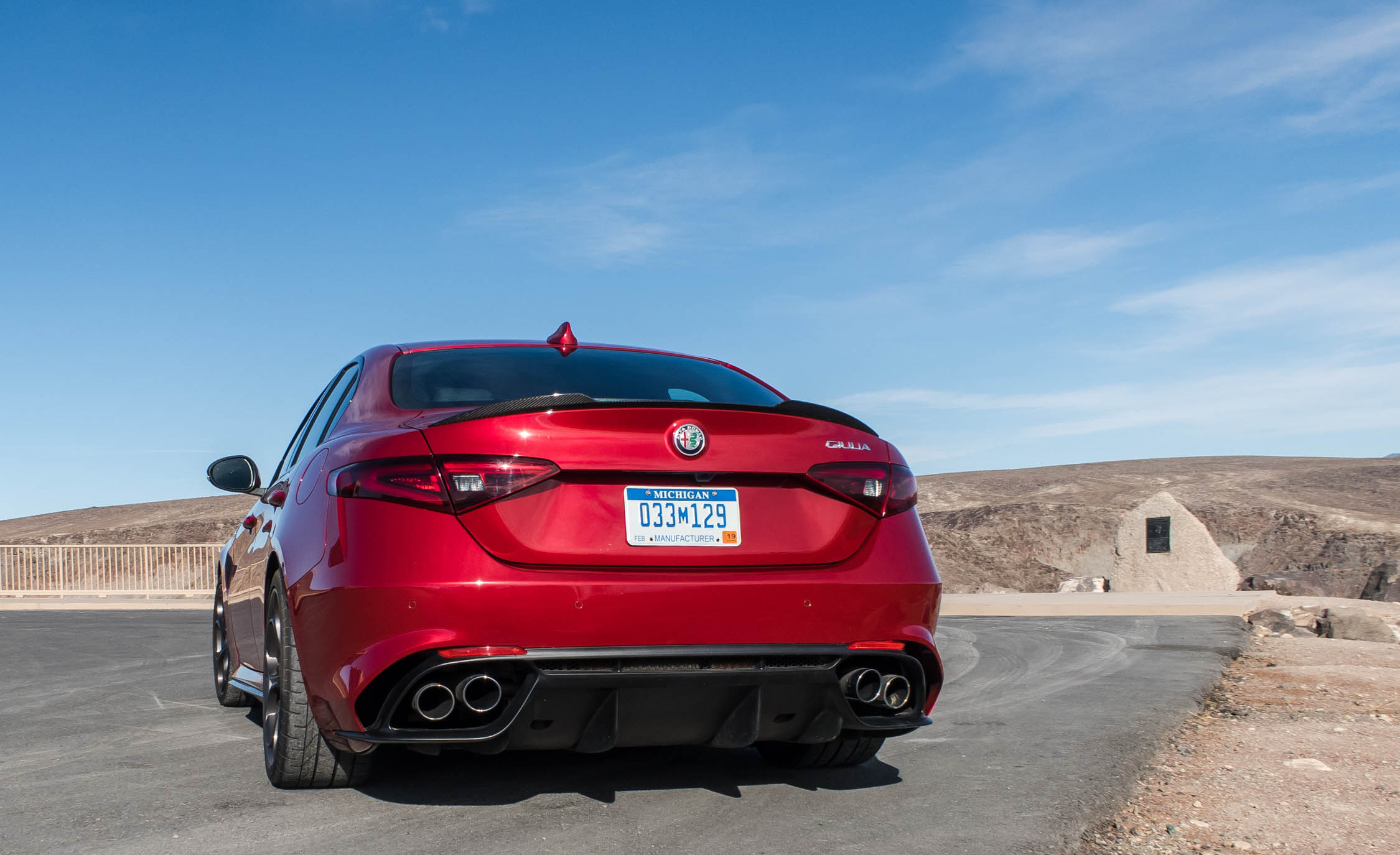 2017 Alfa Romeo Giulia Quadrifoglio (Photo 8 of 29)