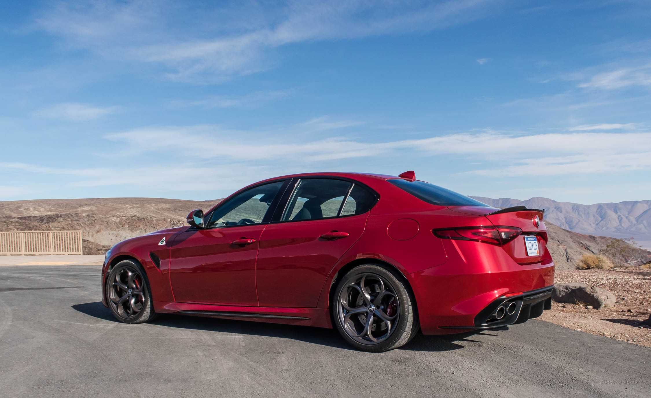 2017 Alfa Romeo Giulia Quadrifoglio (Photo 10 of 29)