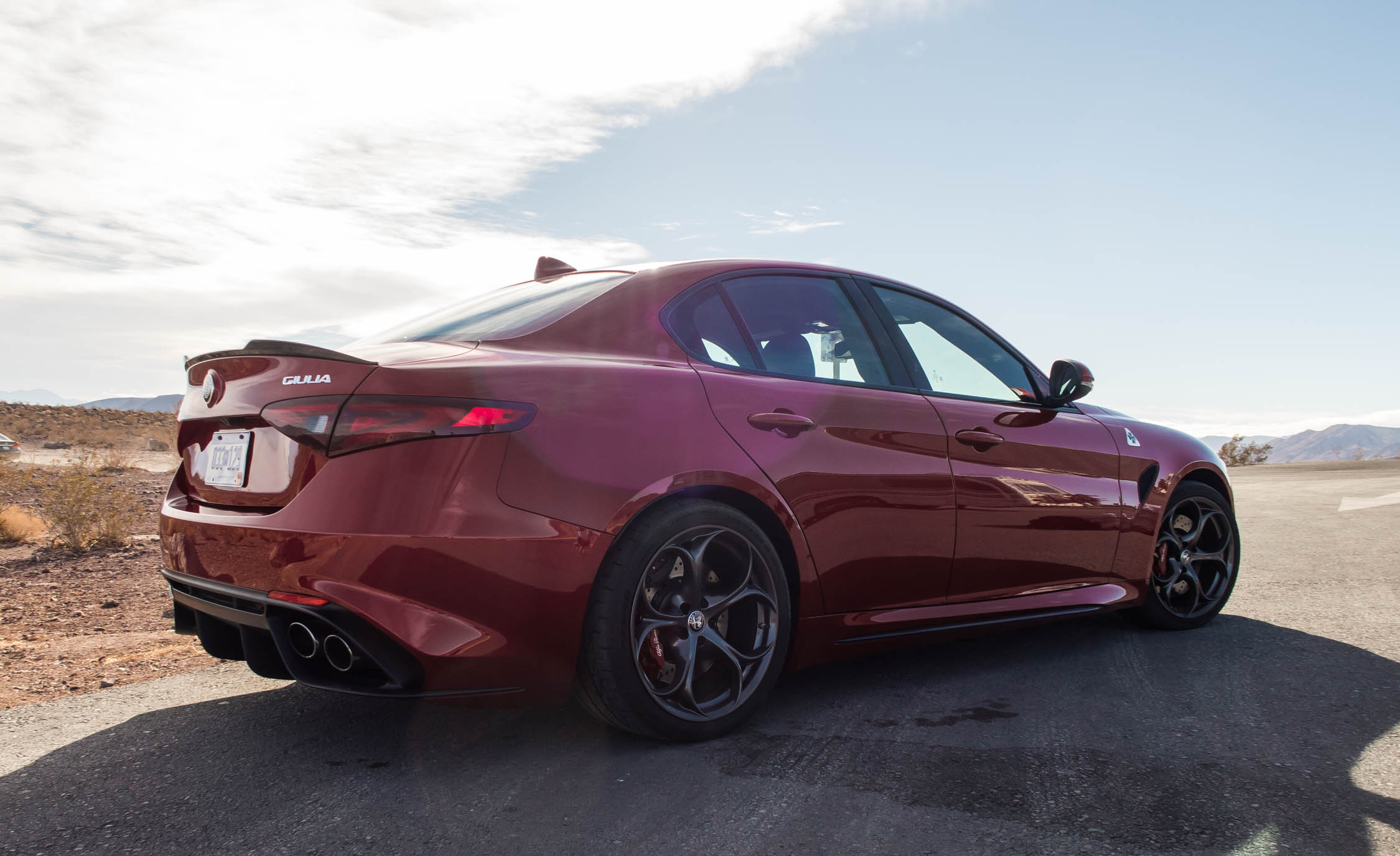 2017 Alfa Romeo Giulia Quadrifoglio (Photo 6 of 29)