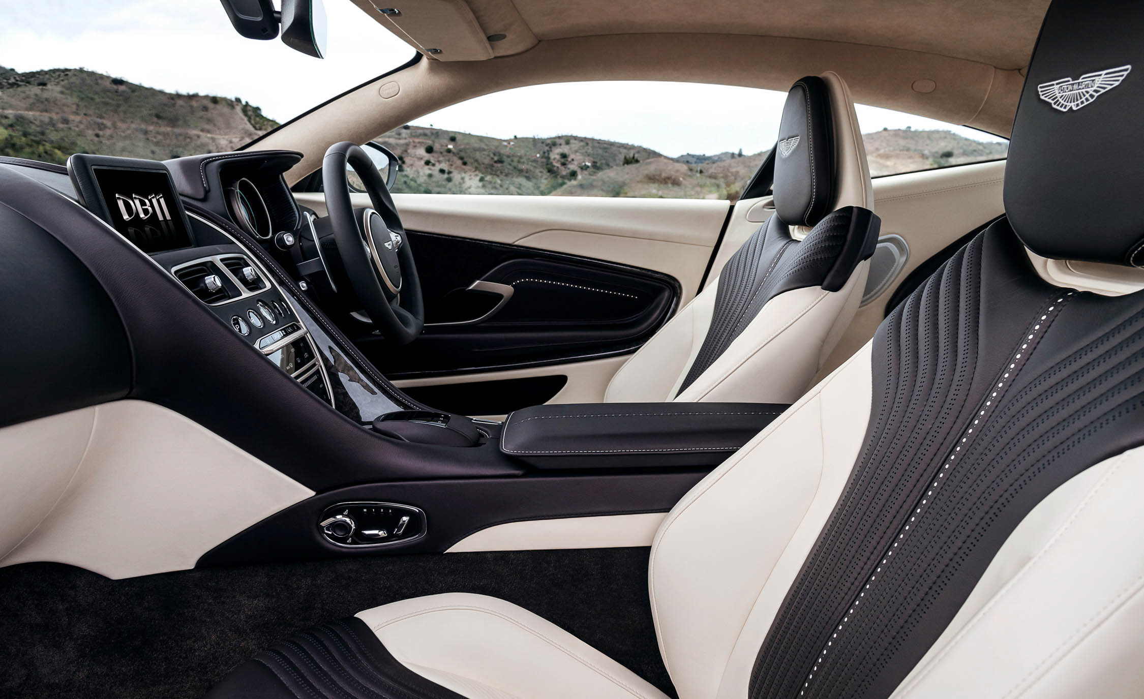 2017 Aston Martin Db11 Interior Seats (View 15 of 22)