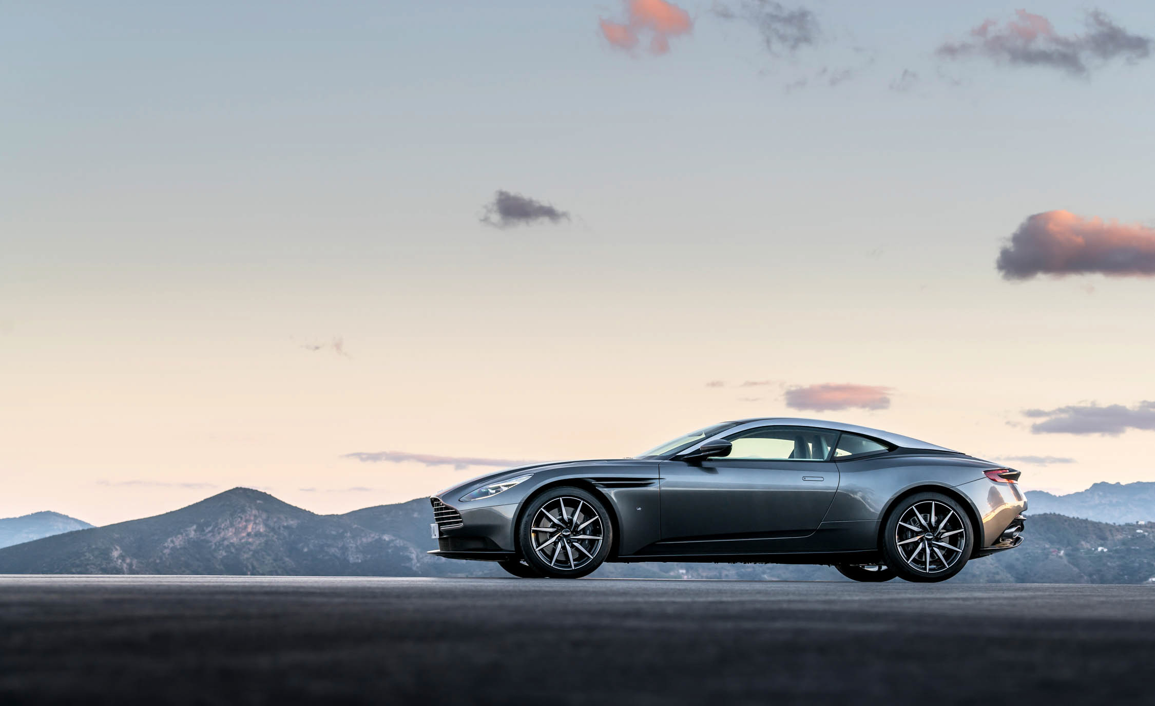 2017 Aston Martin Db11 Exterior Side View (View 19 of 22)
