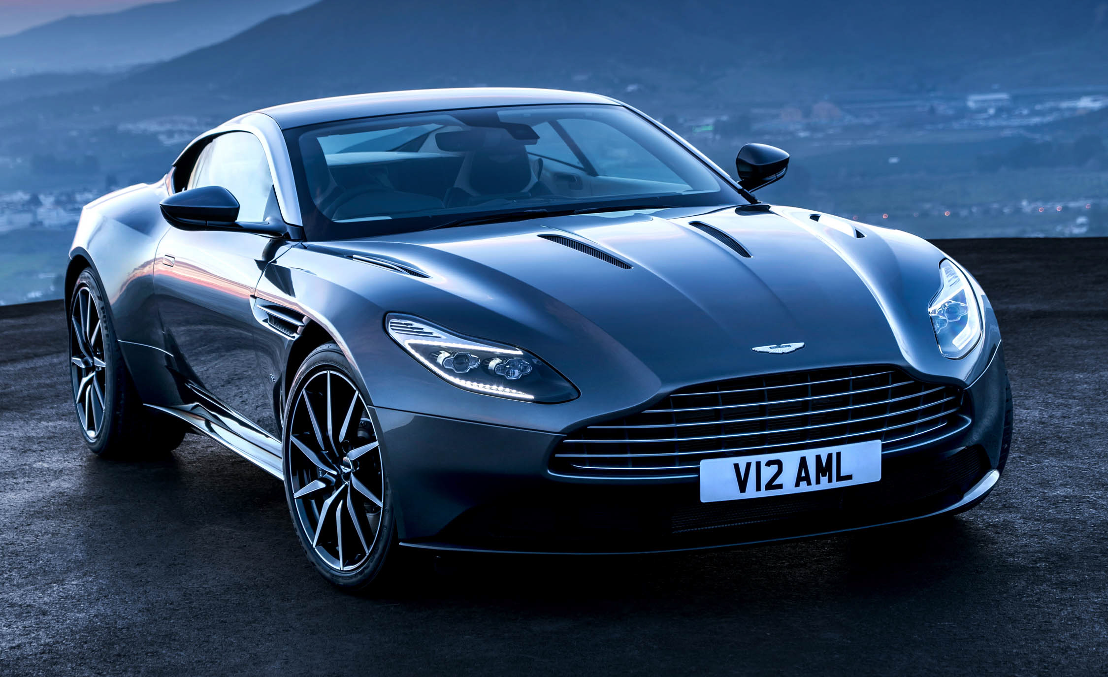 2017 Aston Martin Db11 Exterior (Photo 2 of 22)