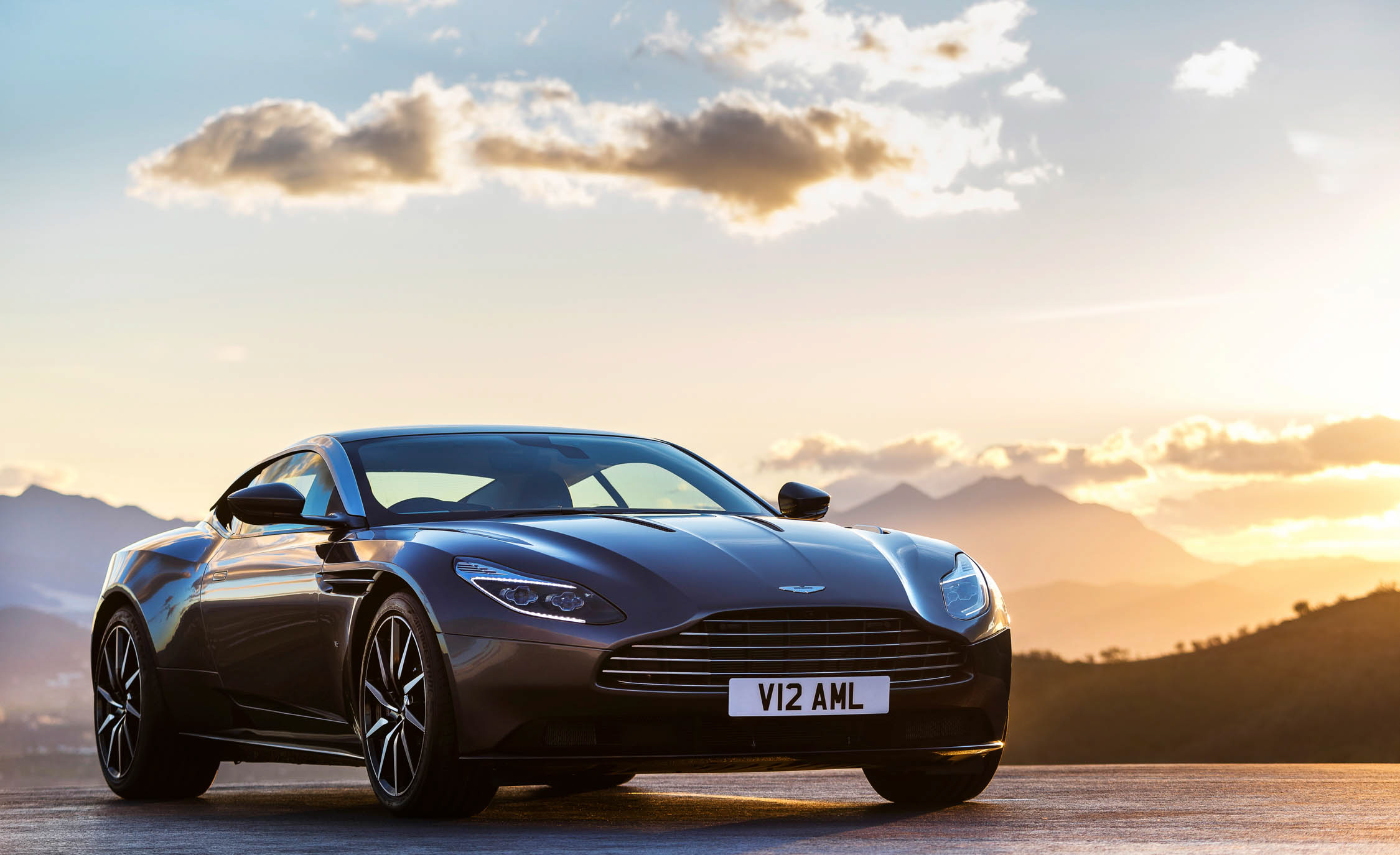 2017 Aston Martin Db11 Wallpaper Hd (View 6 of 22)