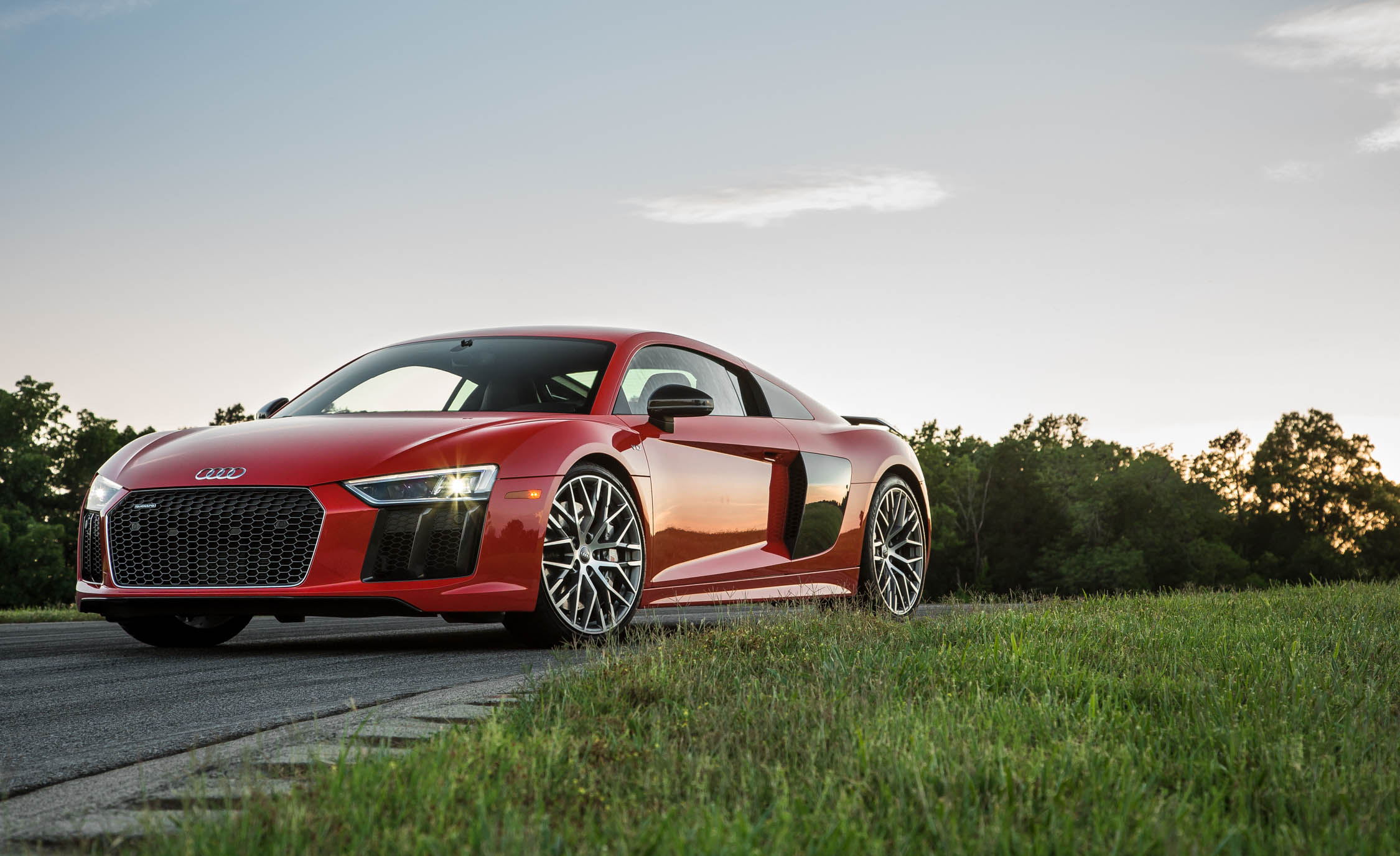 2017 Audi R8 V 10 Plus (Photo 5 of 19)