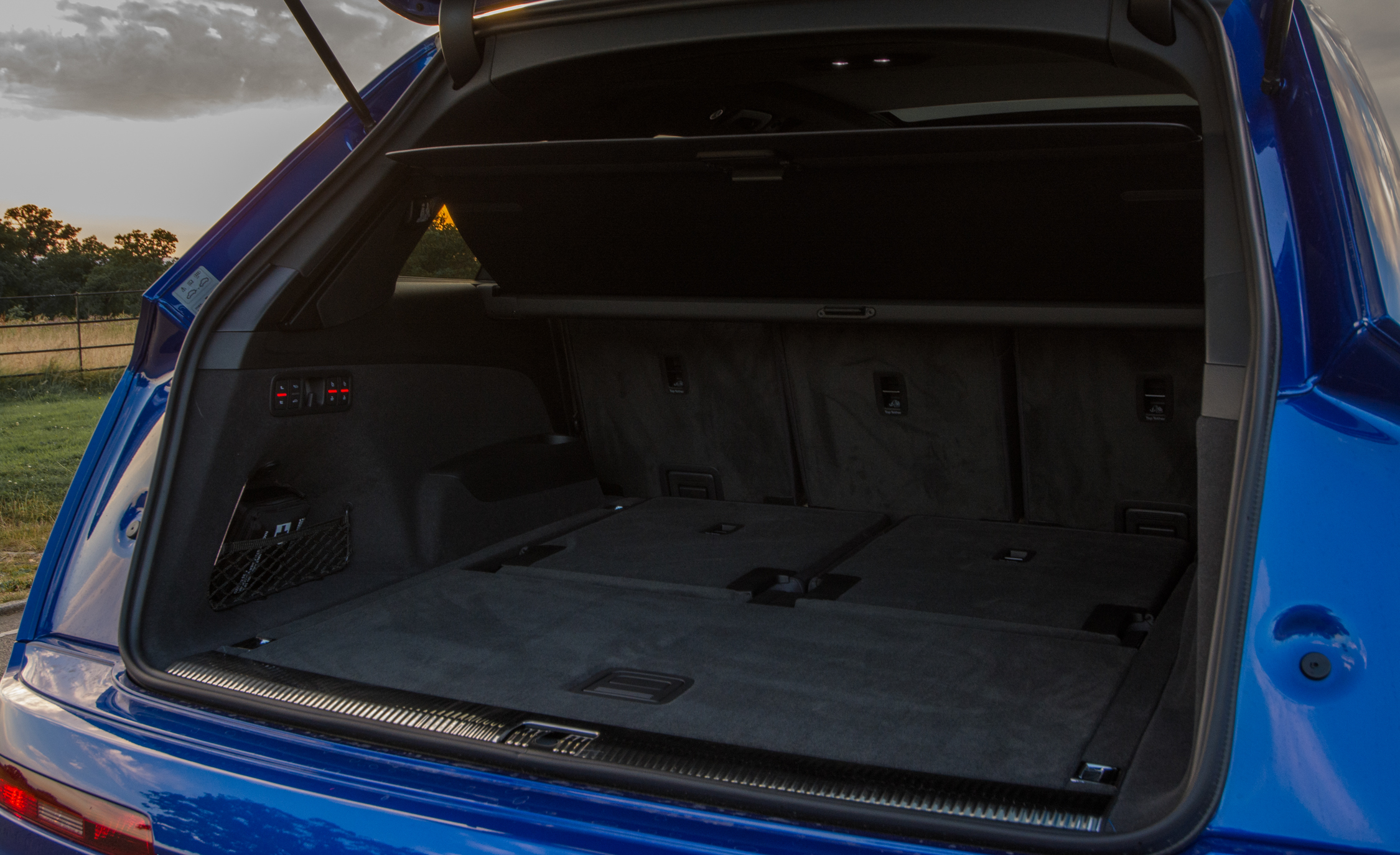 2017 Audi Sq7 Interior Trunk (View 10 of 15)