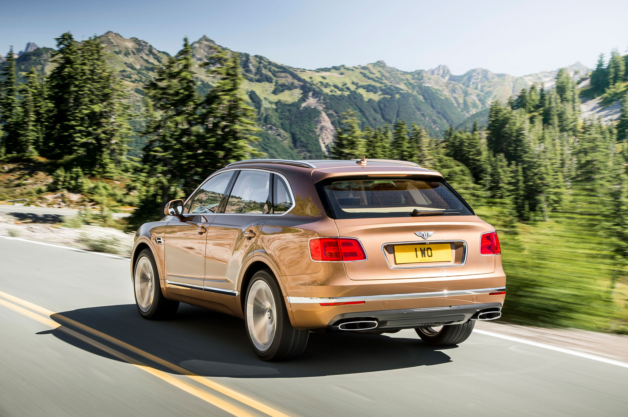 2017 Bentley Bentayga Rear Side View (Photo 12 of 16)