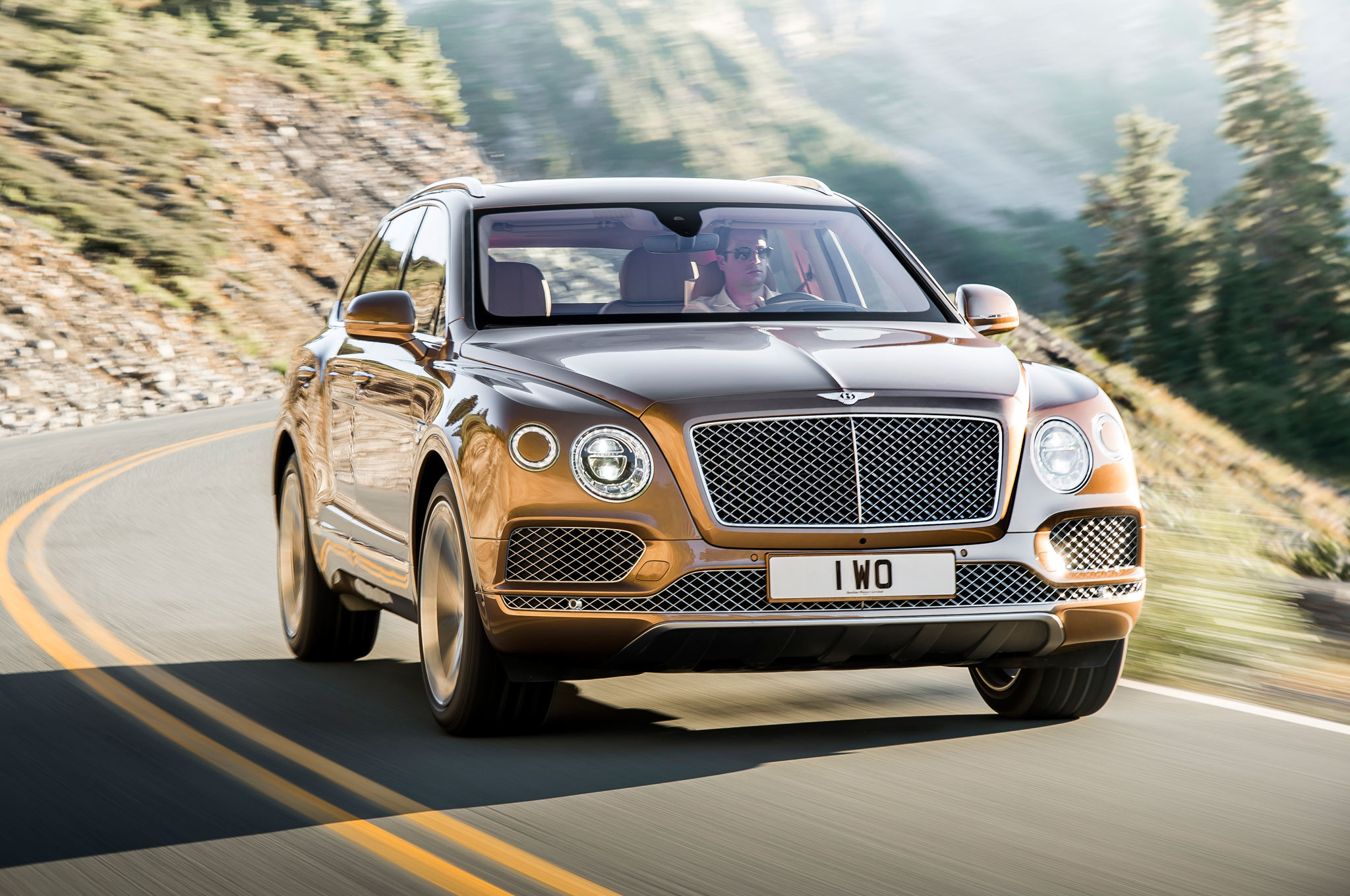 Featured Image of 2017 Bentley Bentayga