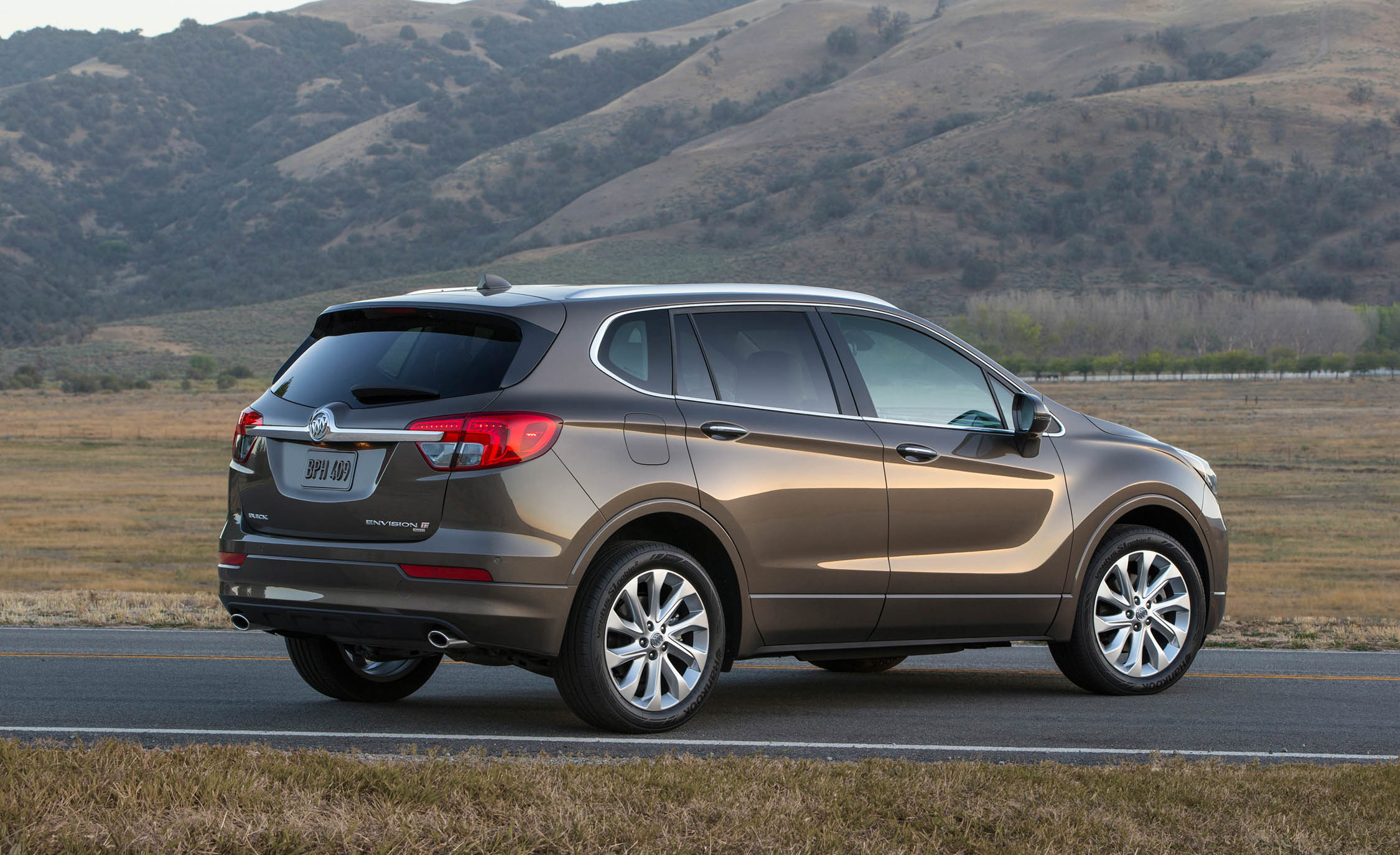 2017 Buick Envision (Photo 8 of 8)