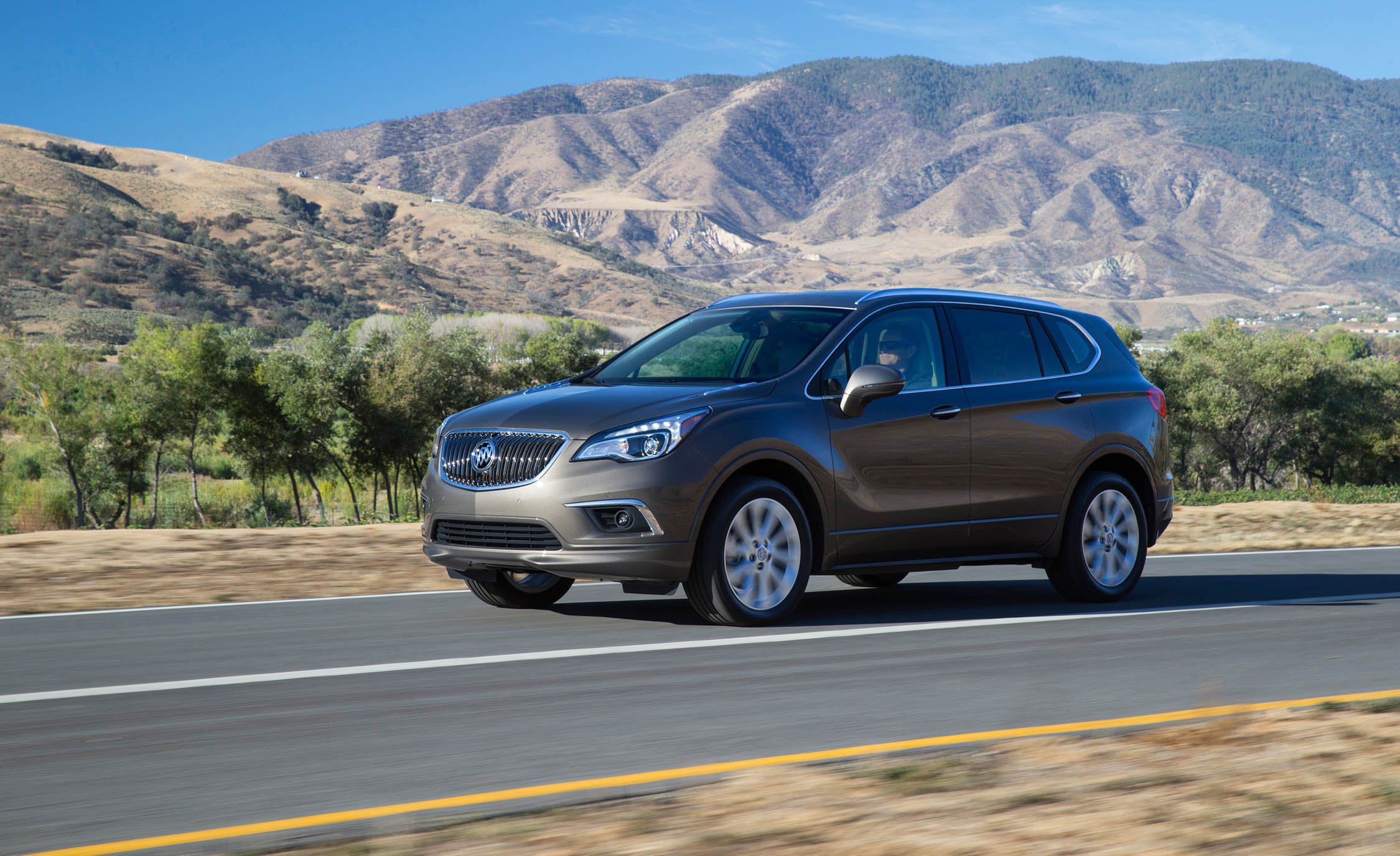 2017 Buick Envision (Photo 2 of 8)