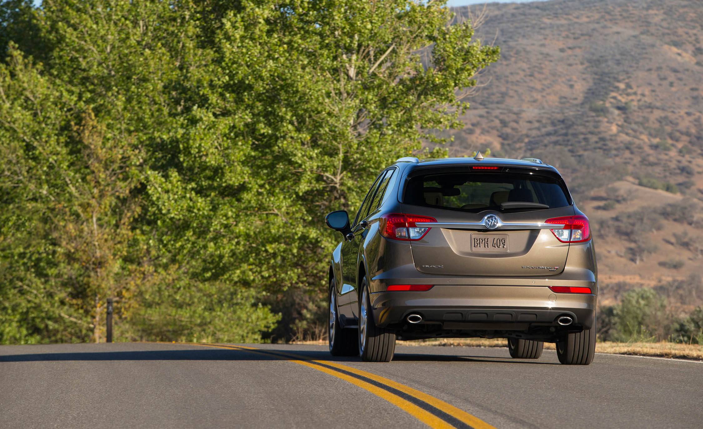 2017 Buick Envision (Photo 4 of 8)