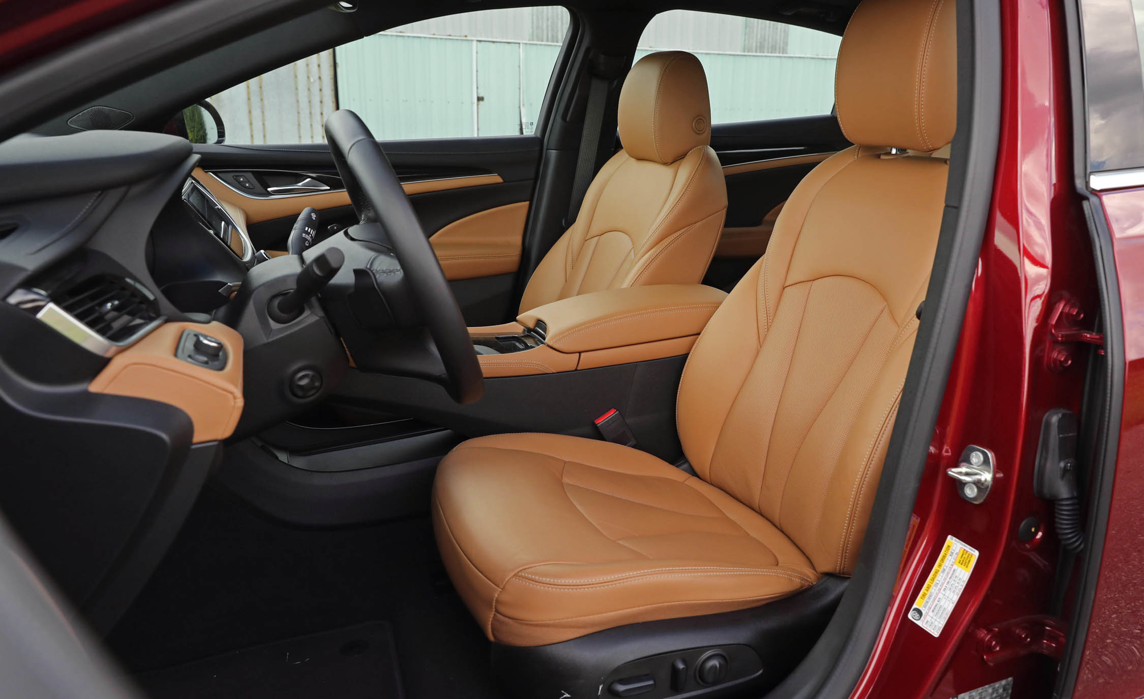 2017 Buick LaCrosse (Photo 6 of 26)