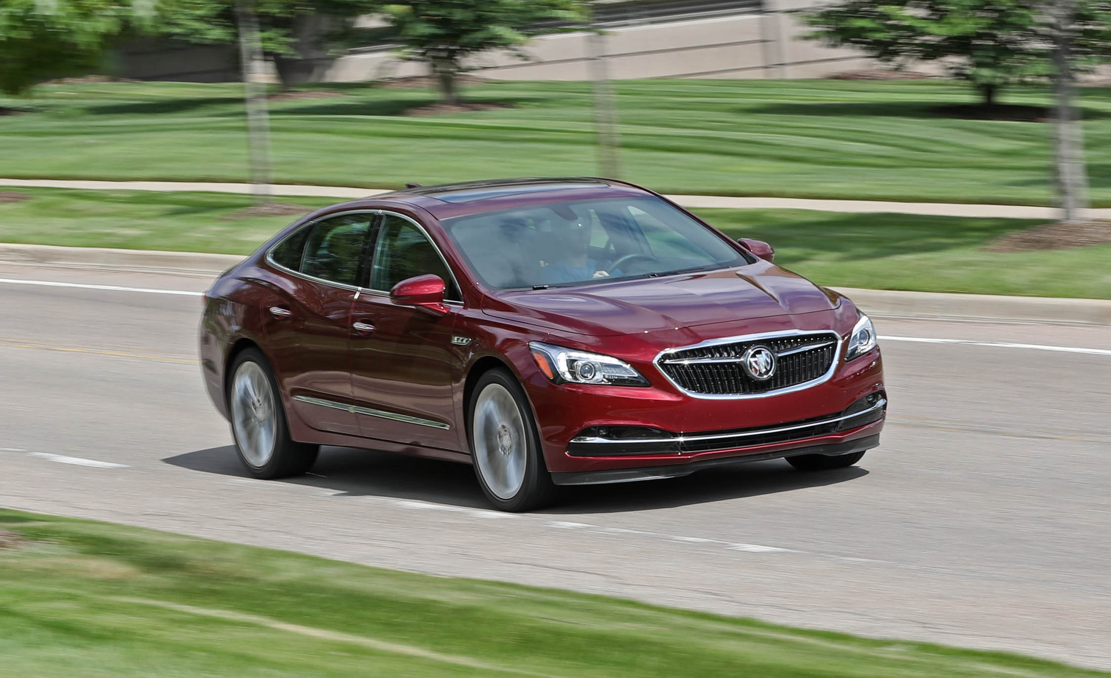 Featured Image of 2017 Buick LaCrosse
