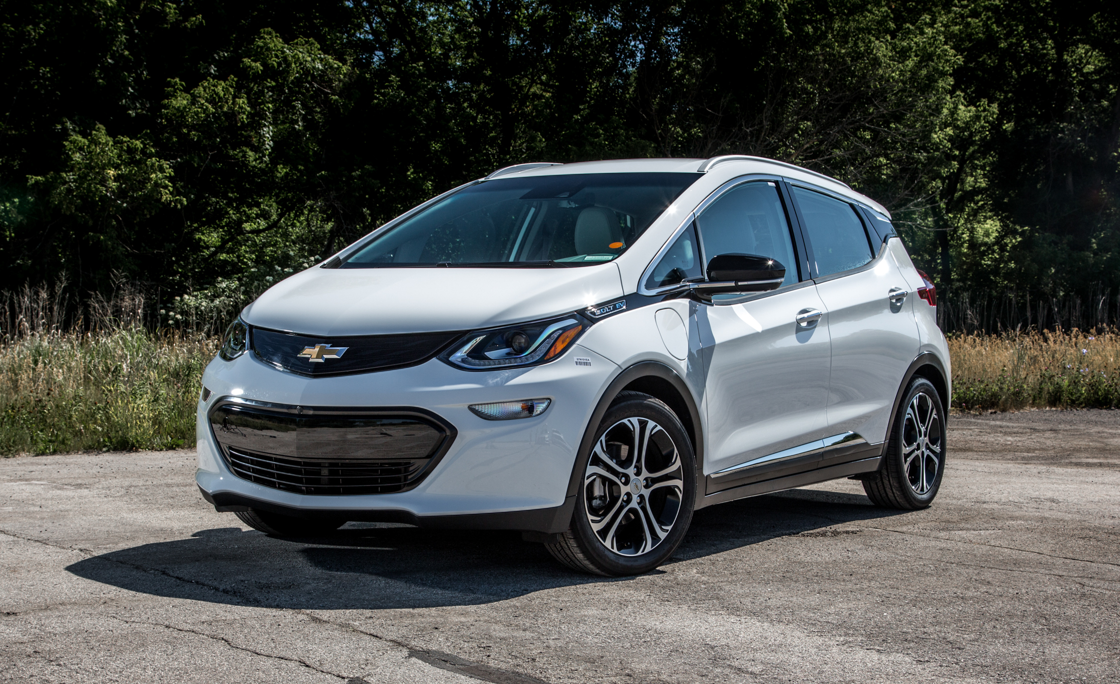 Featured Image of 2017 Chevrolet Bolt EV